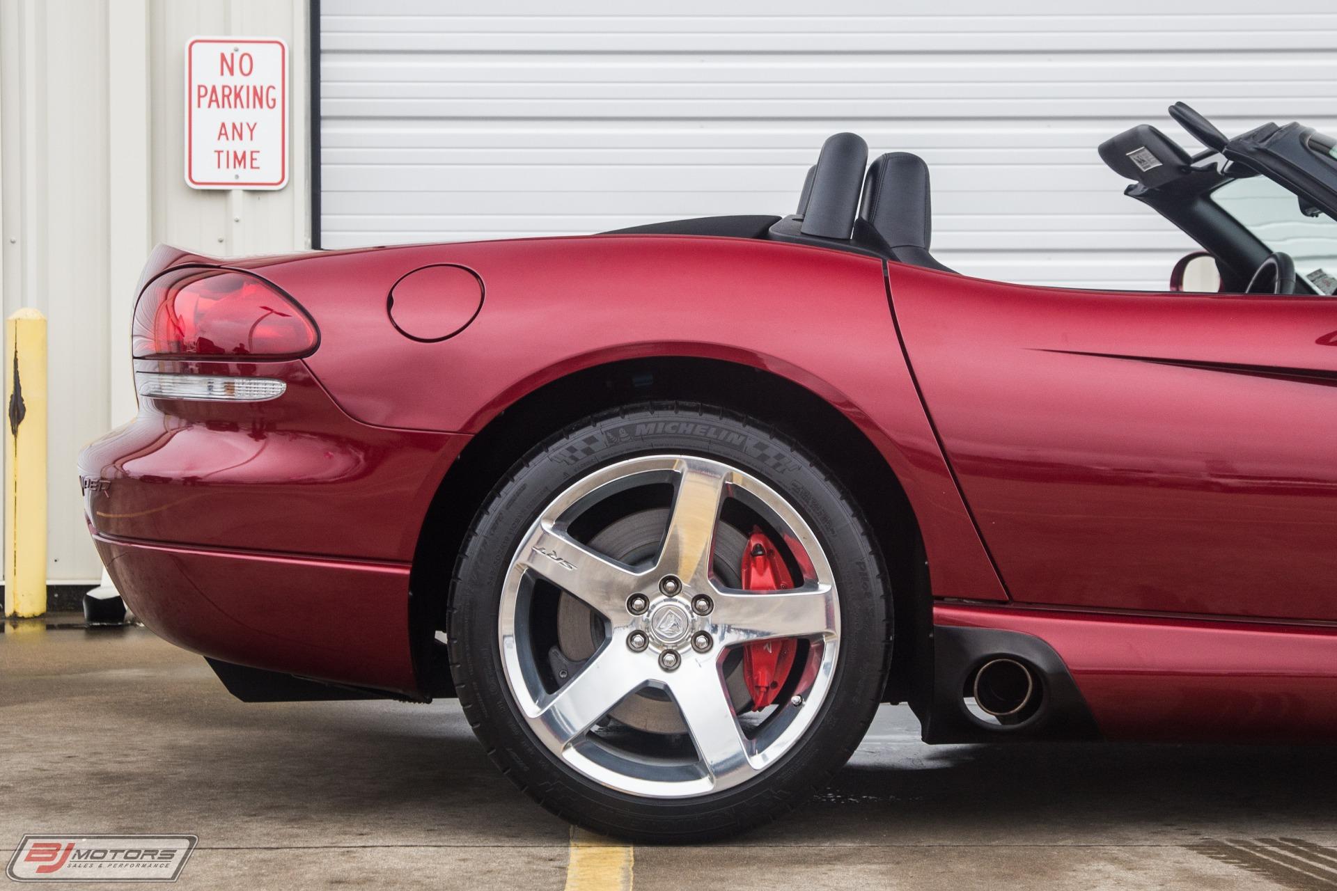 Used-2008-Dodge-Viper-SRT10