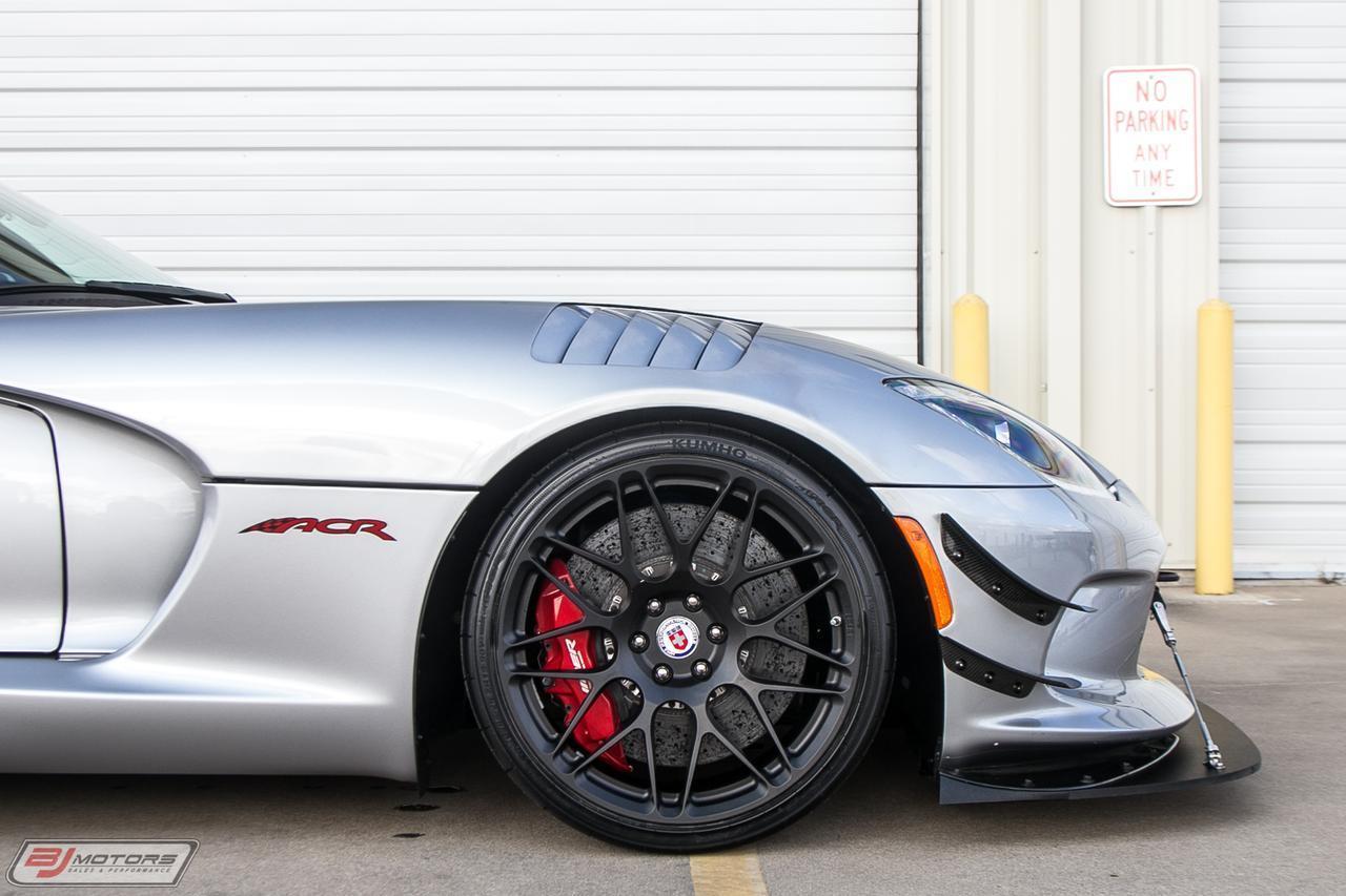Used-2016-Dodge-Viper-GTC-1-OF-1