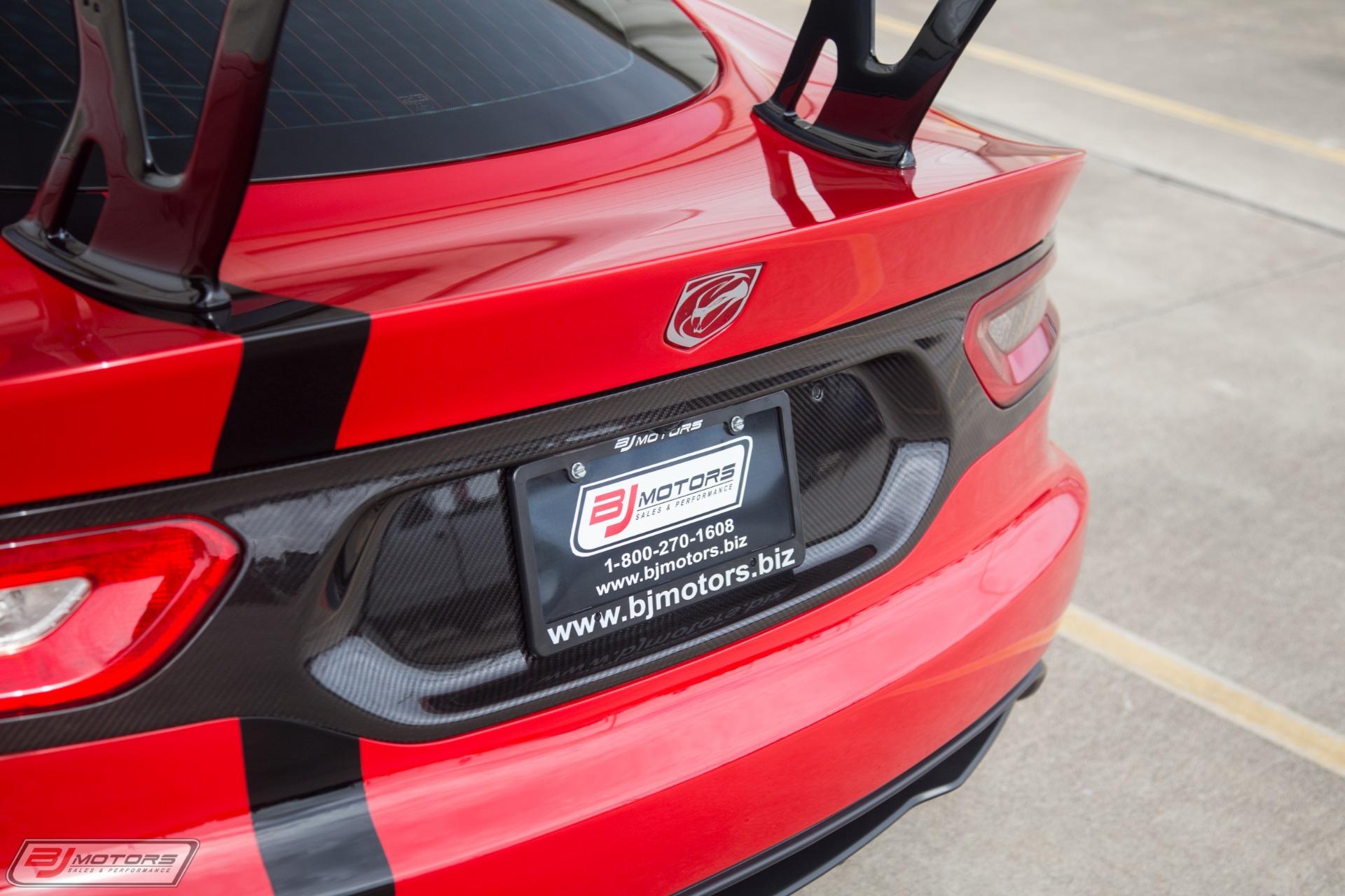 New-2016-Dodge-Viper-ACR-Extreme