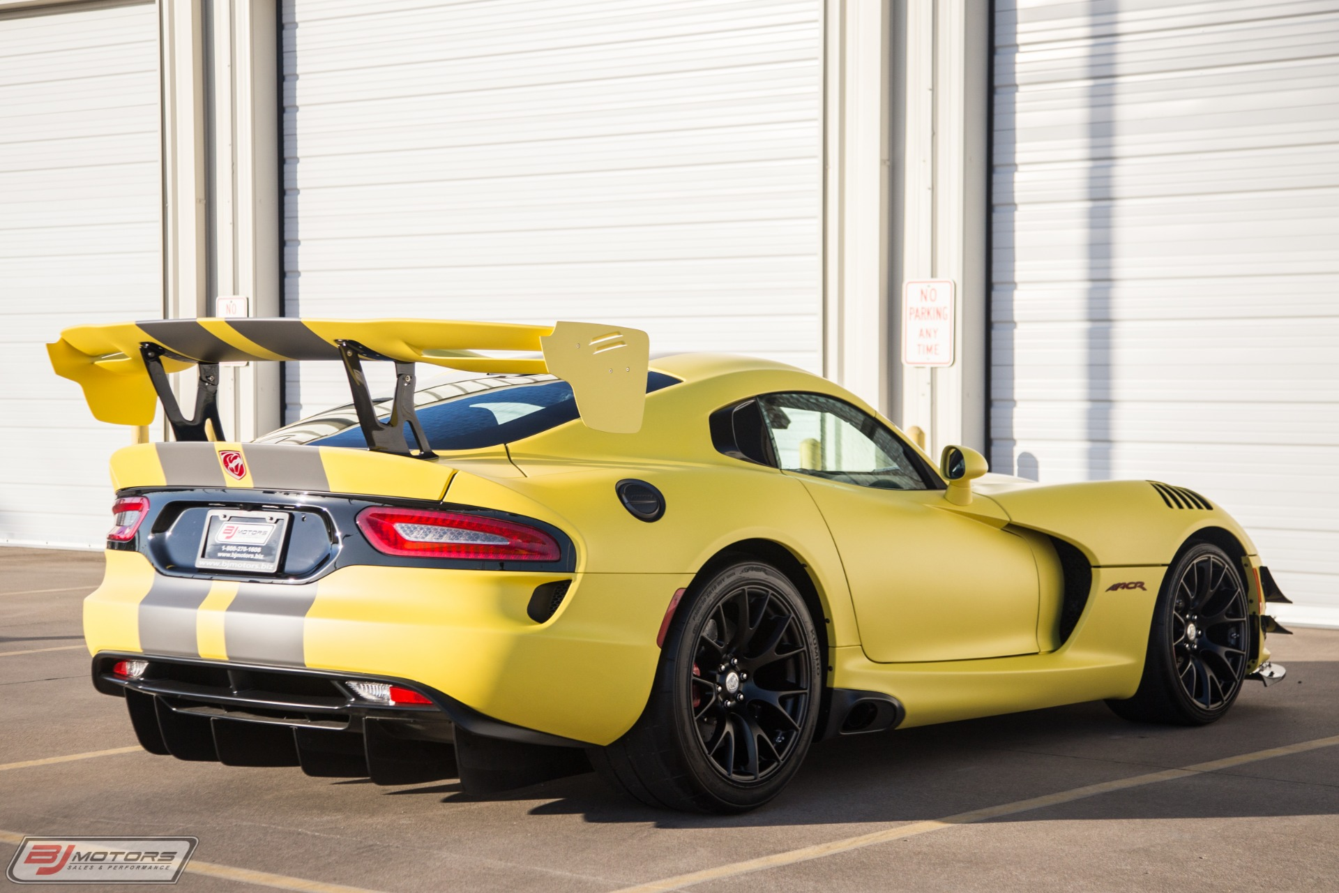 New-2016-Dodge-Viper-ACR-Extreme