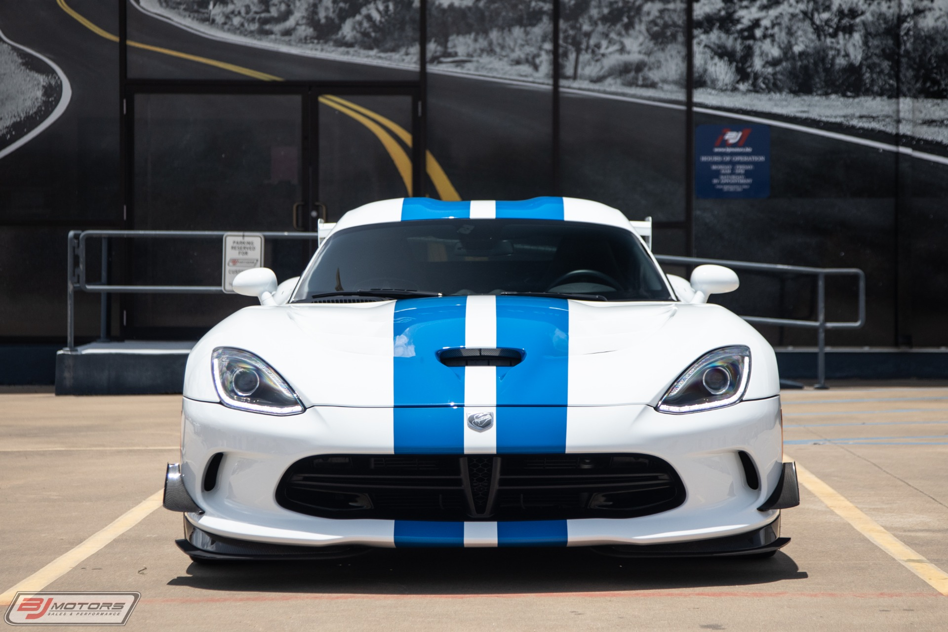 Used-2015-Dodge-Viper-GTC-1-of-2