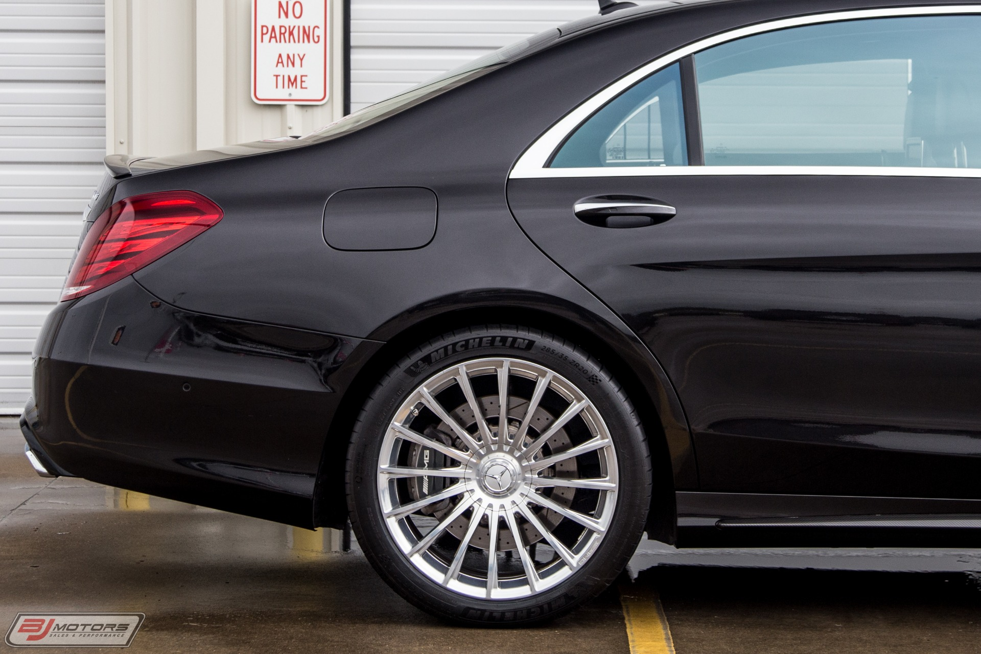 Used-2015-Mercedes-Benz-S-Class-S65-AMG