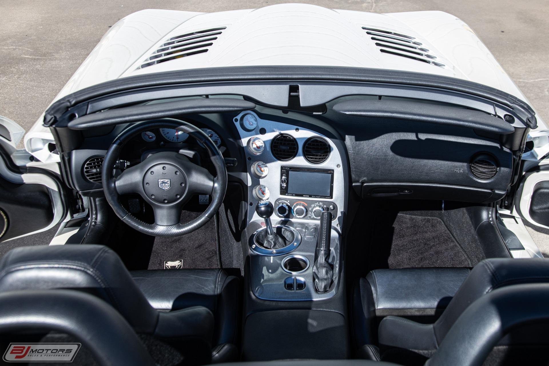 Used-2004-Dodge-Viper-SRT-10-Supercharged