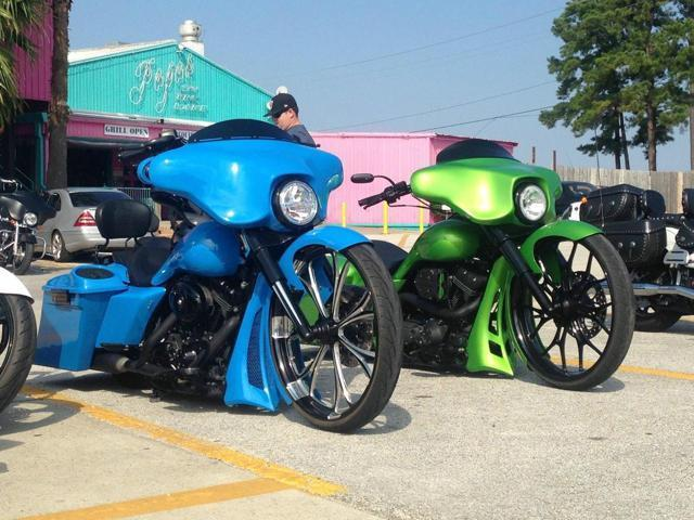Used-2006-Harley-Davidson-Street-Glide-Custom-Viper-Bike