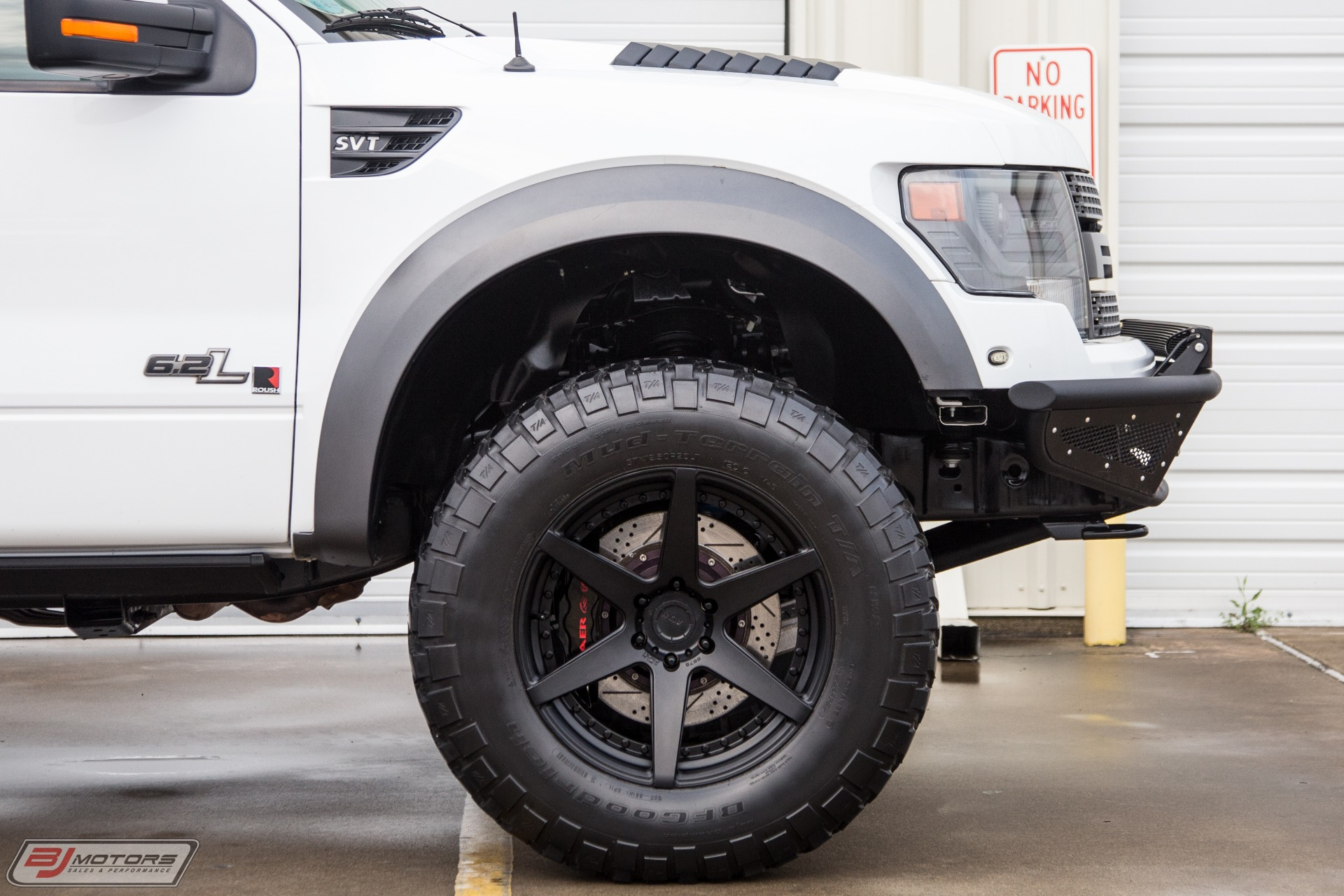 Used-2014-Ford-F-150-SVT-Raptor-Supercharged