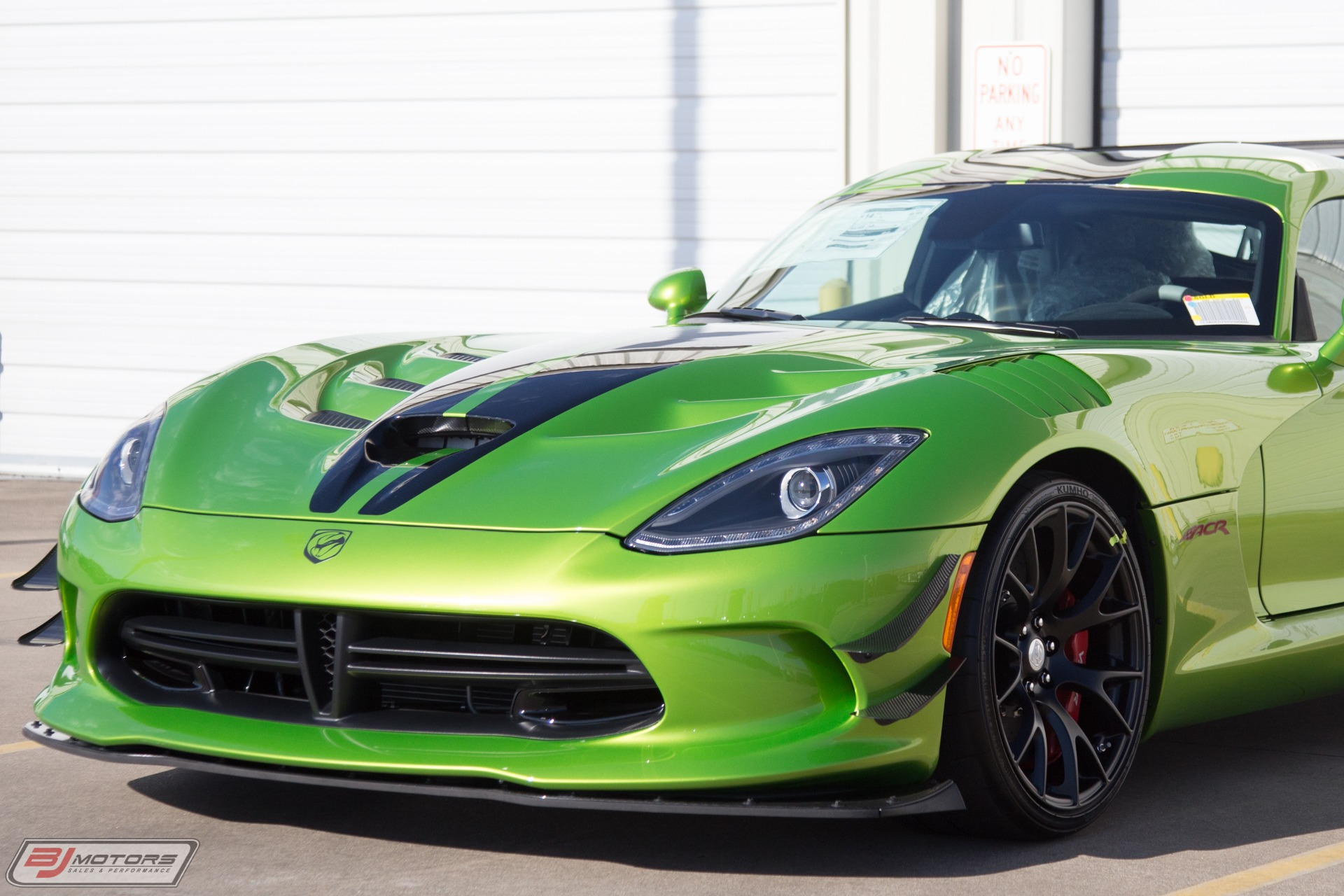 Used-2017-Dodge-Viper-ACR-Extreme-Snakeskin-Green--25