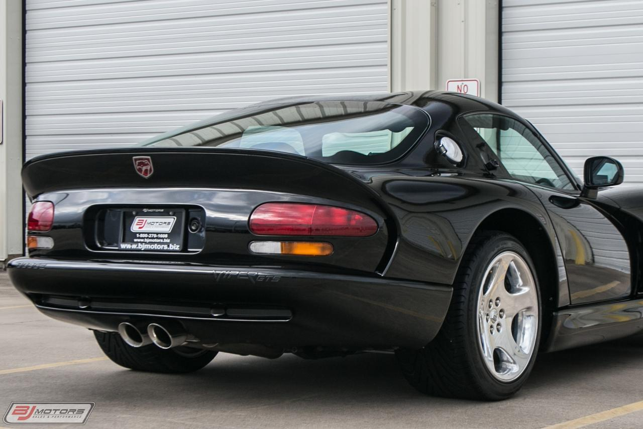 Used-2000-Dodge-Viper-Only-4K-Miles-GTS