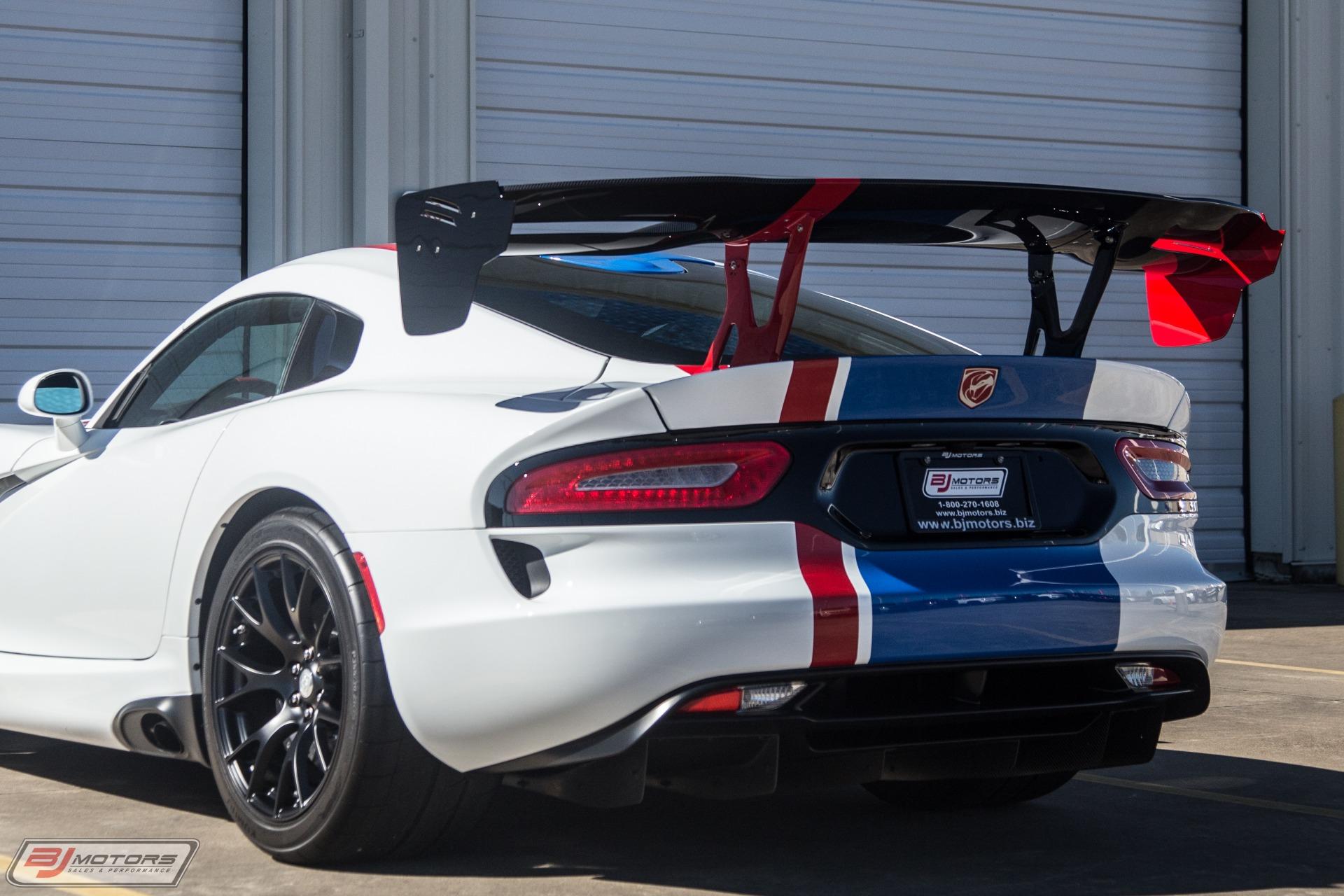 New-2017-Dodge-Viper-GTC-Dealer-Edition--10-of-11