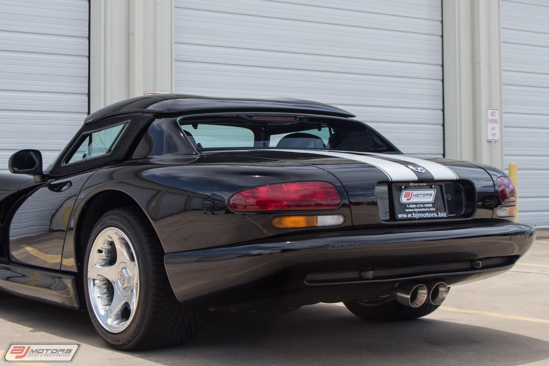 Used-1996-Dodge-Viper-RT/10