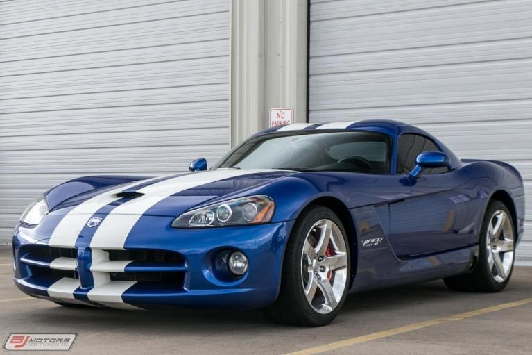 Used-2006-Dodge-Viper-SRT10