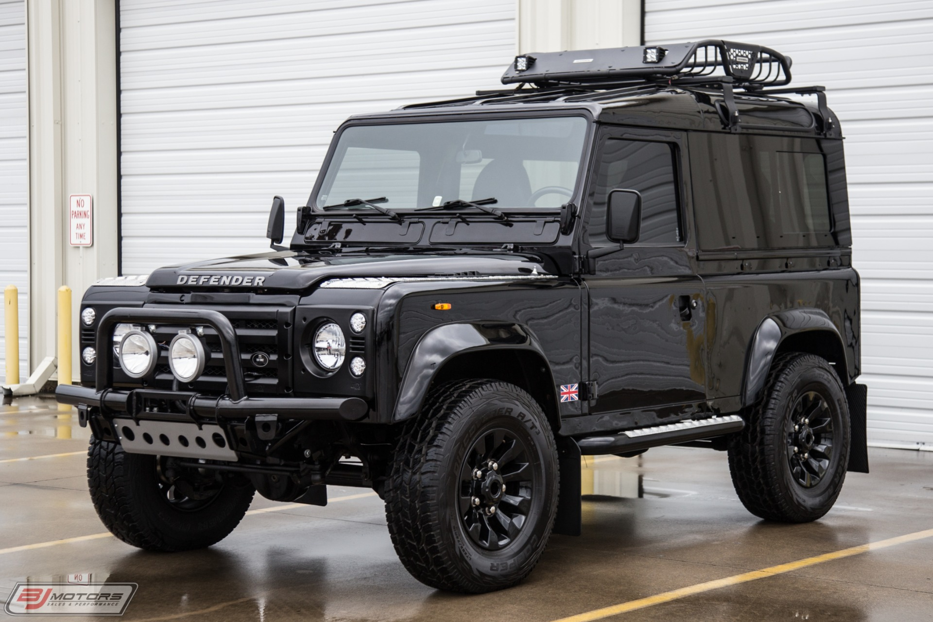 Used-1986-Land-Rover-Defender-D90