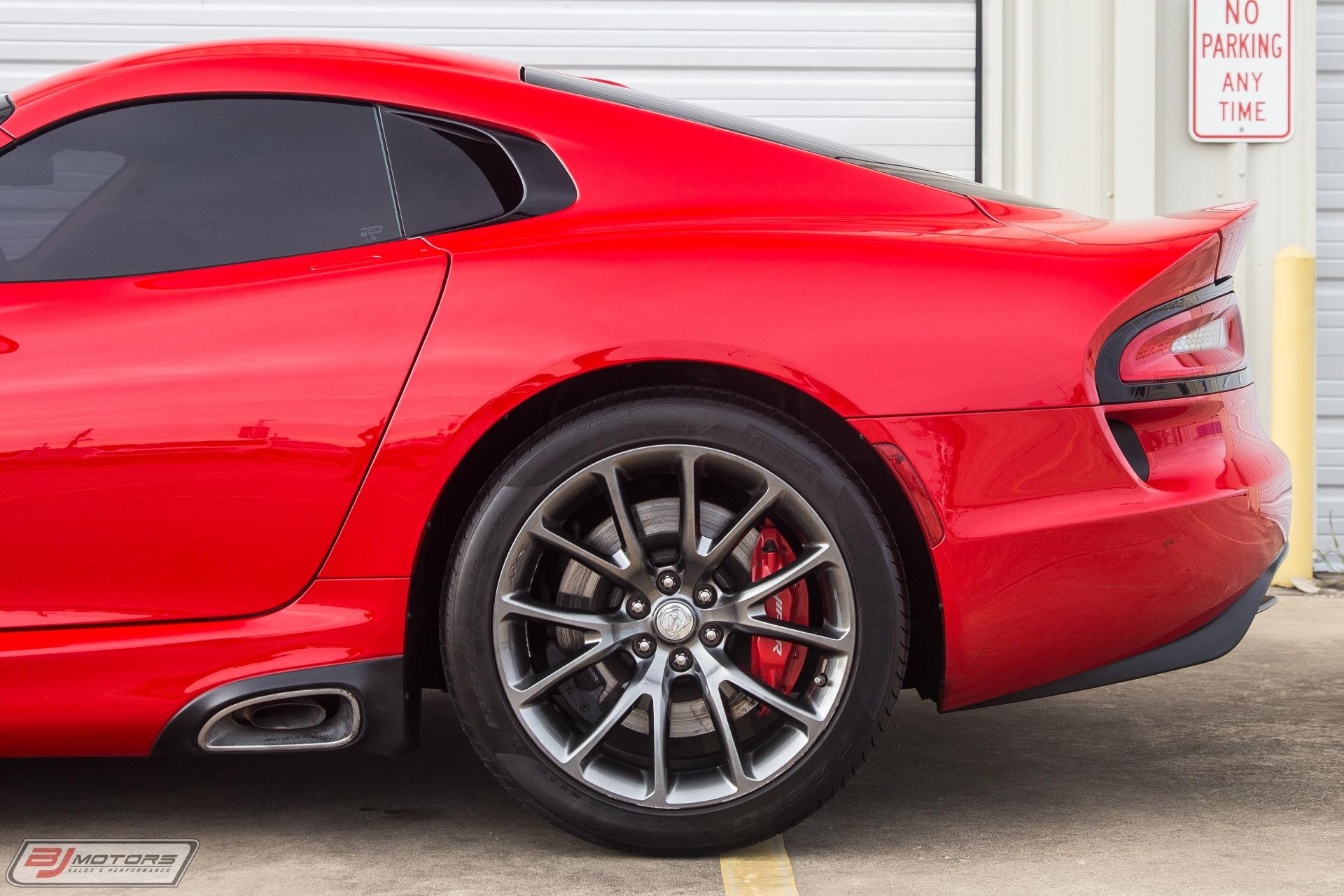 Used-2013-Dodge-SRT-Viper-GTS