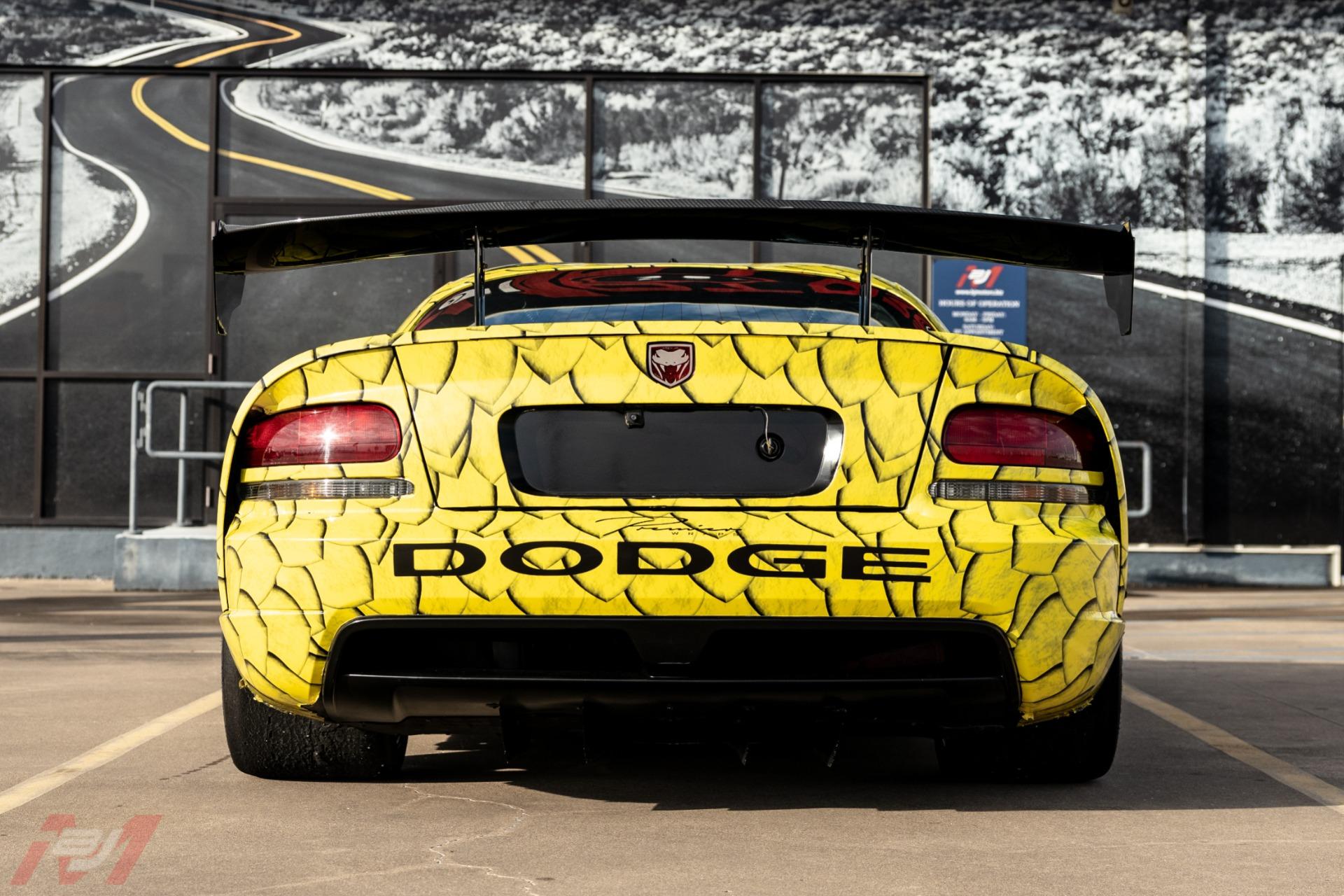 Used-2010-Dodge-Viper-ACR-X-25