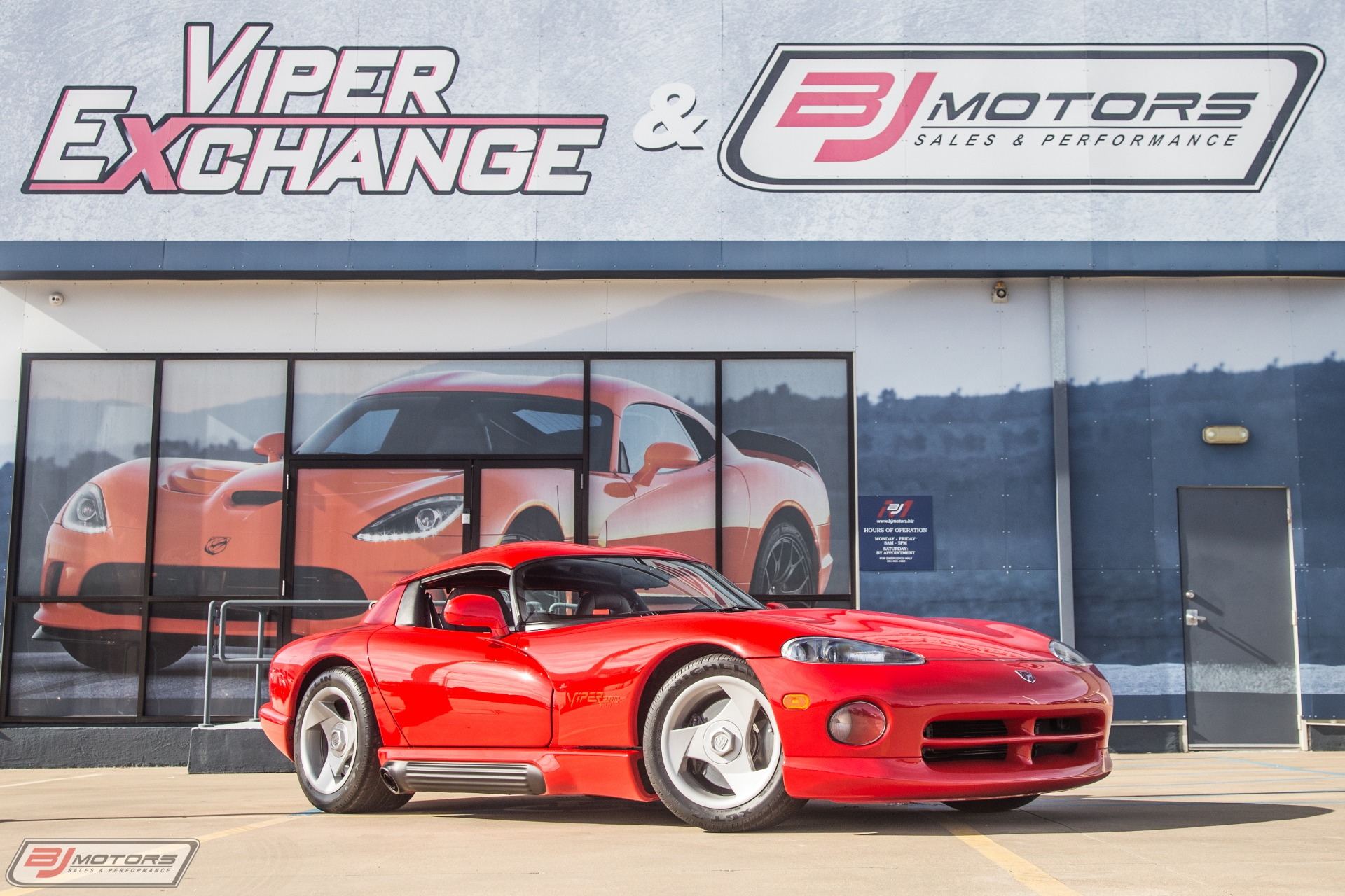 Used-1992-Dodge-Viper-RT/10