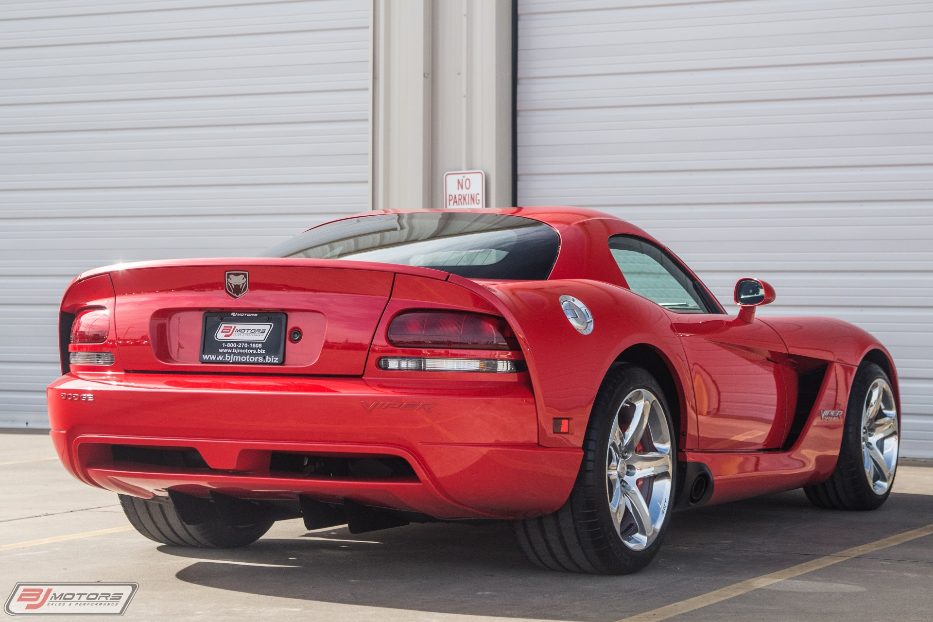 Used-2006-Dodge-Viper-SRT-10