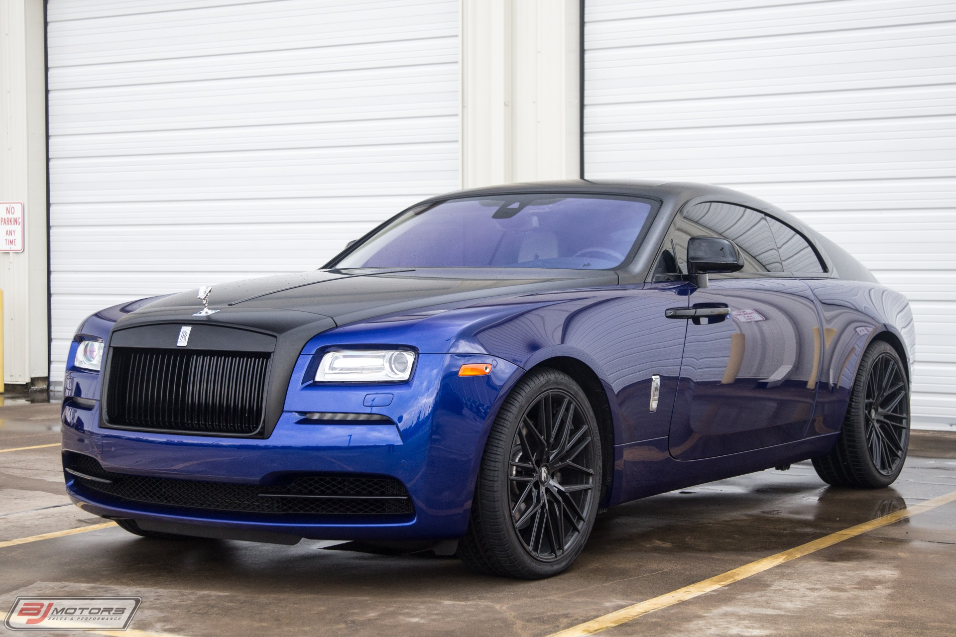Used-2016-Rolls-Royce-Wraith-Starlight-Headliner