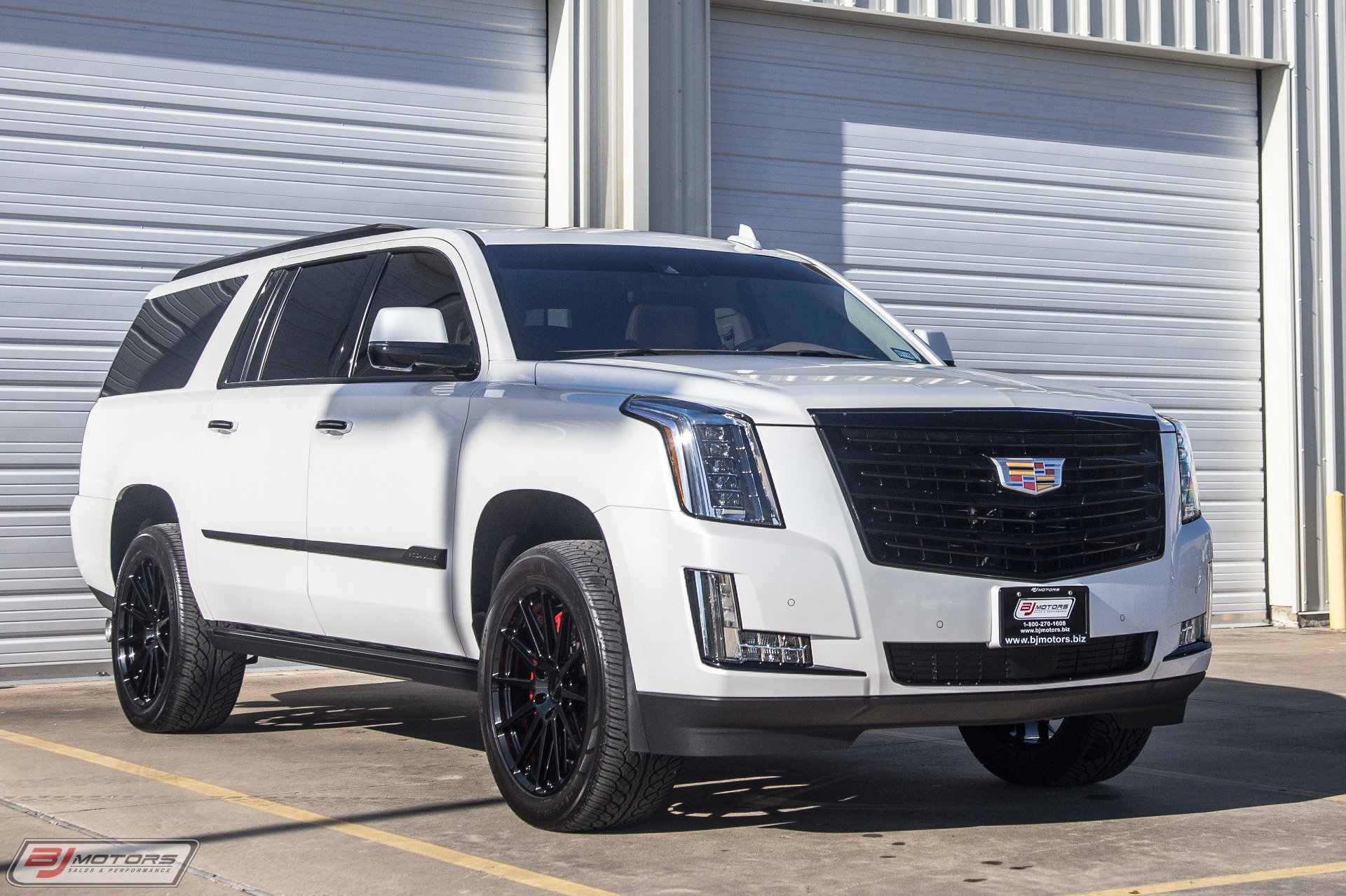 Used-2016-Cadillac-Escalade-ESV-Platinum-Hennessey-Performance-HPE650-Package