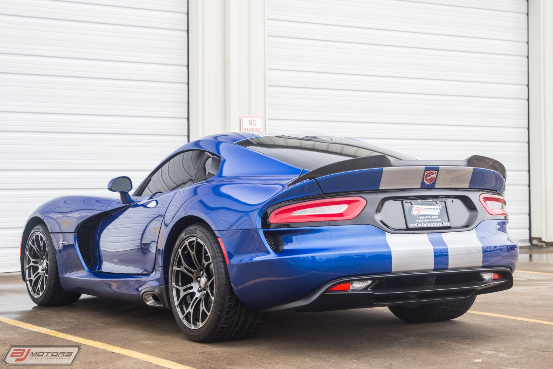 Used-2013-Dodge-SRT-Viper-GTS-Track-Package