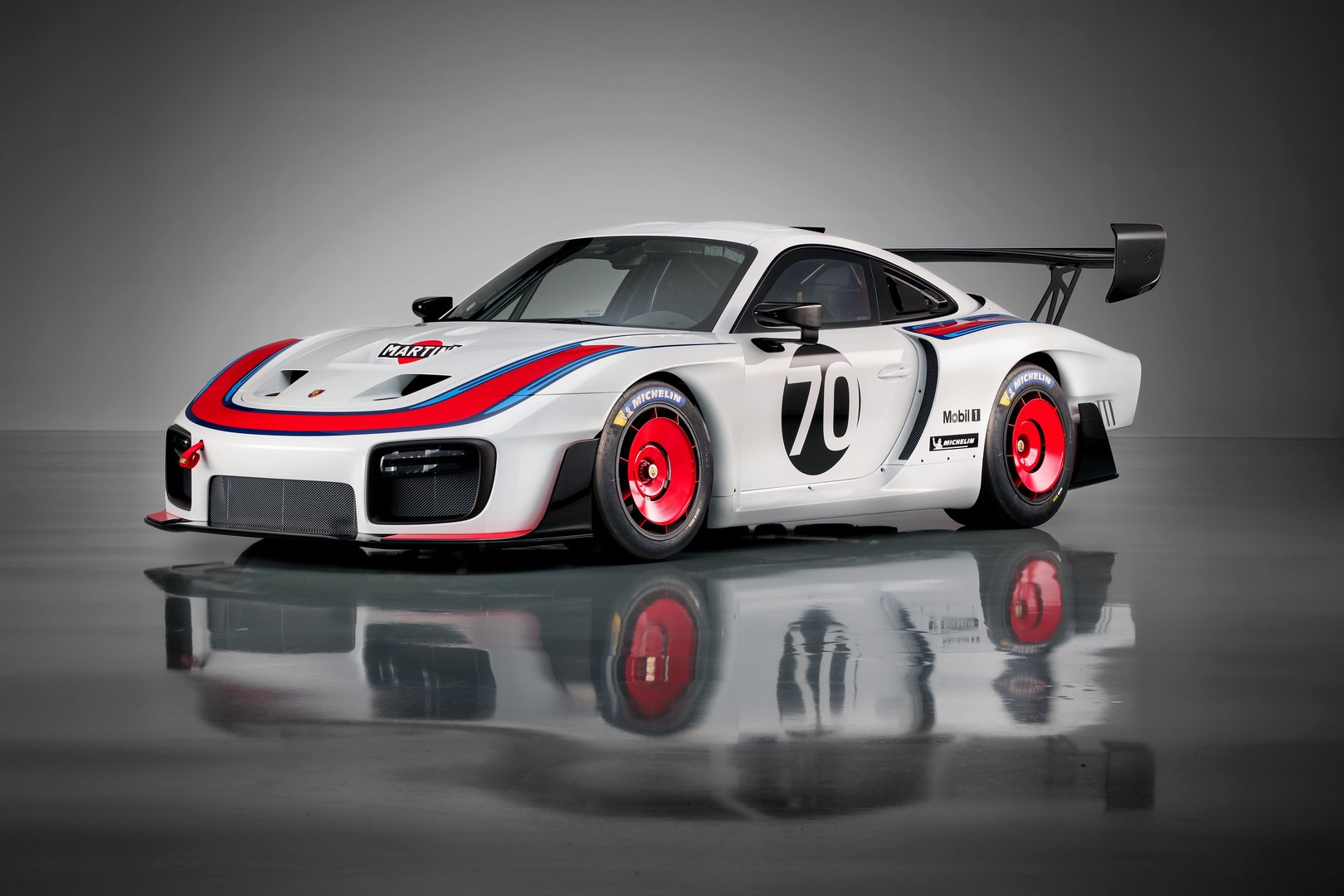 Used-2019-Porsche-935-Race-Trim