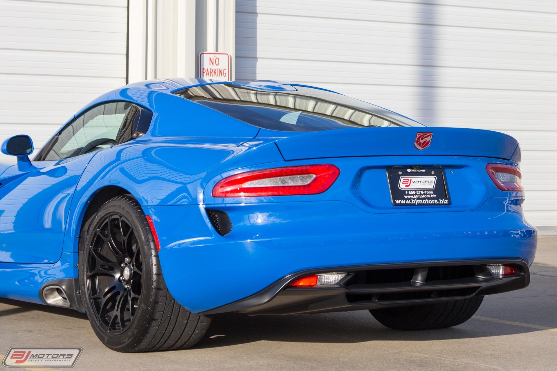 Used-2016-Dodge-Viper-GT