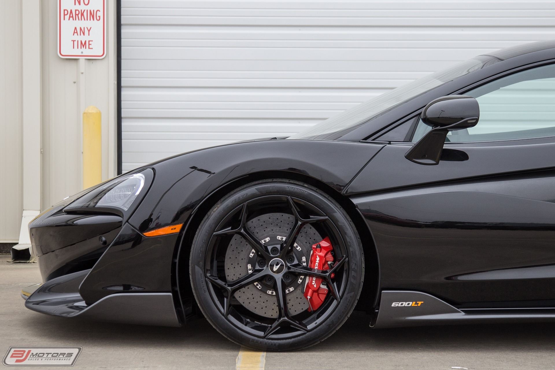 Used-2019-McLaren-600LT-Only-43-Miles