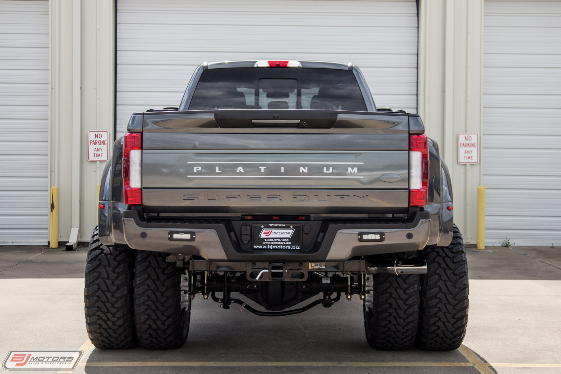 Used-2019-Ford-F-450-Super-Duty-Platinum-Signature-Series-Mega-Build