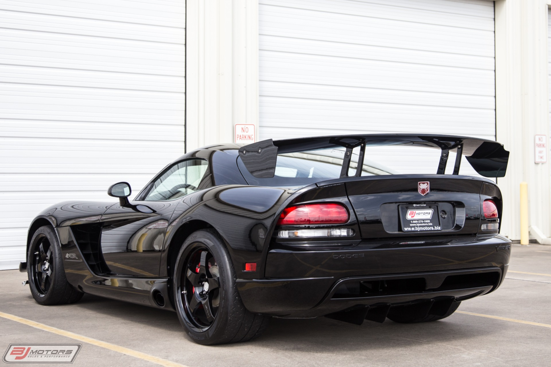 Used-2009-Dodge-Viper-SRT-10-ACR-Only-14-Miles