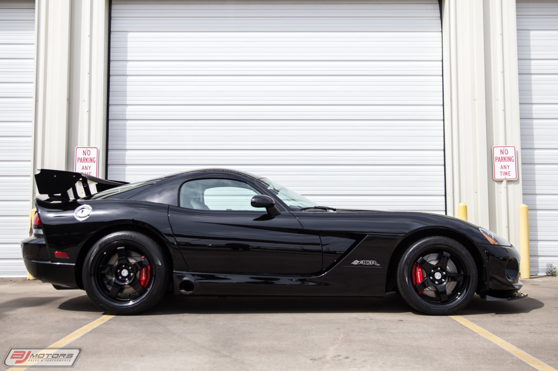 Used-2009-Dodge-Viper-ACR