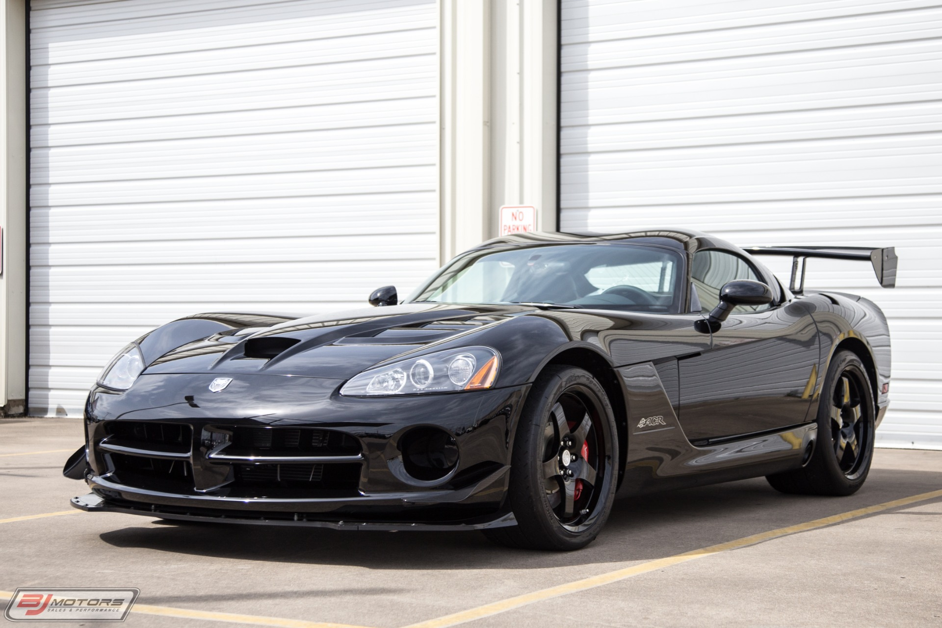 Used-2009-Dodge-Viper-ACR-Only-14-Miles