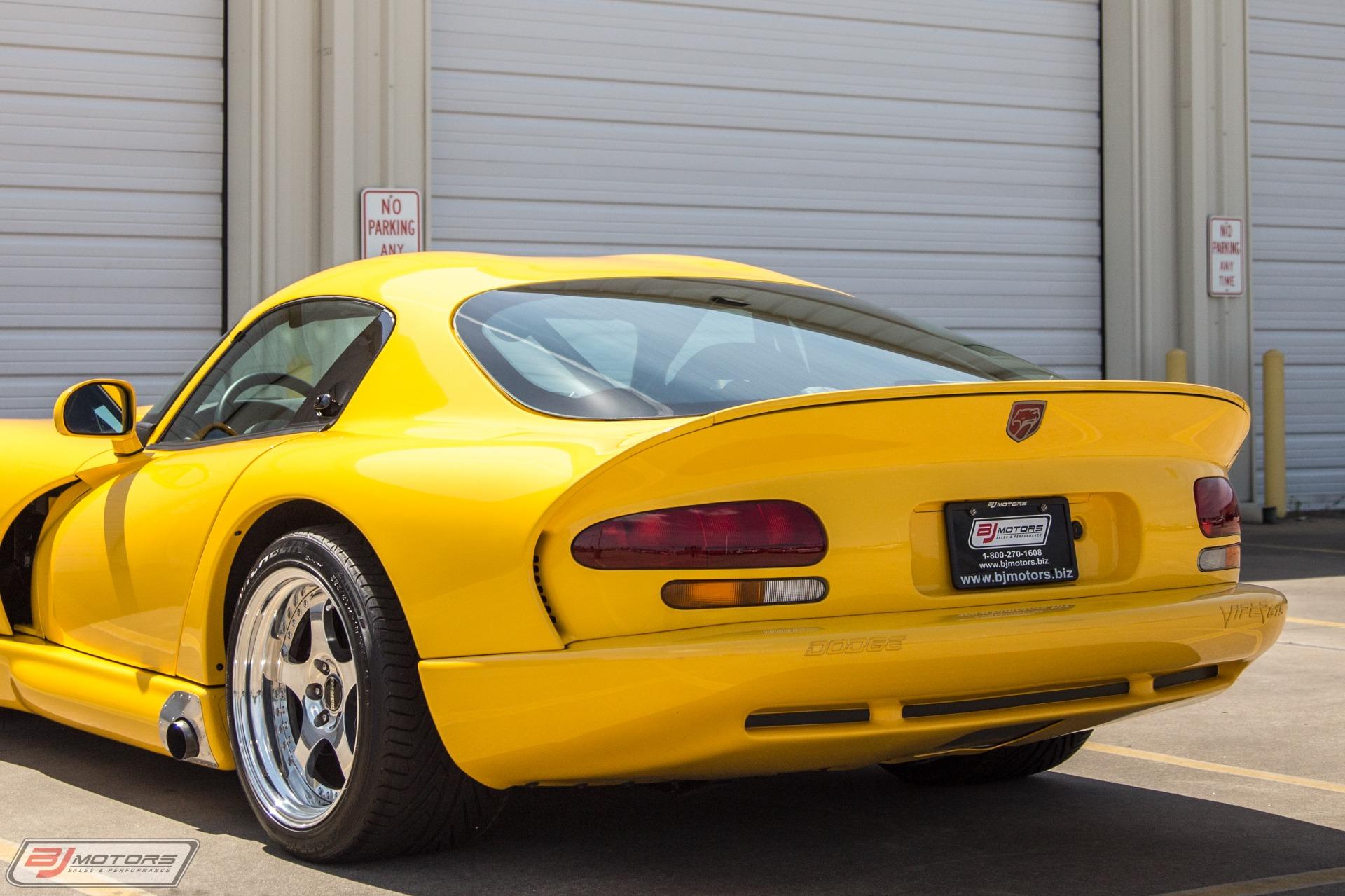 Used-2001-Dodge-Viper-GTS-600-Series