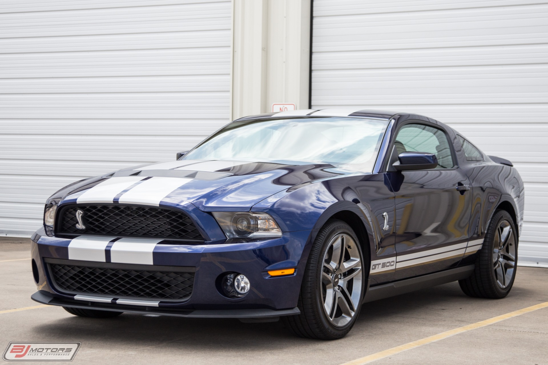 Used-2010-Ford-Mustang-Shelby-GT500-Only-187-Miles