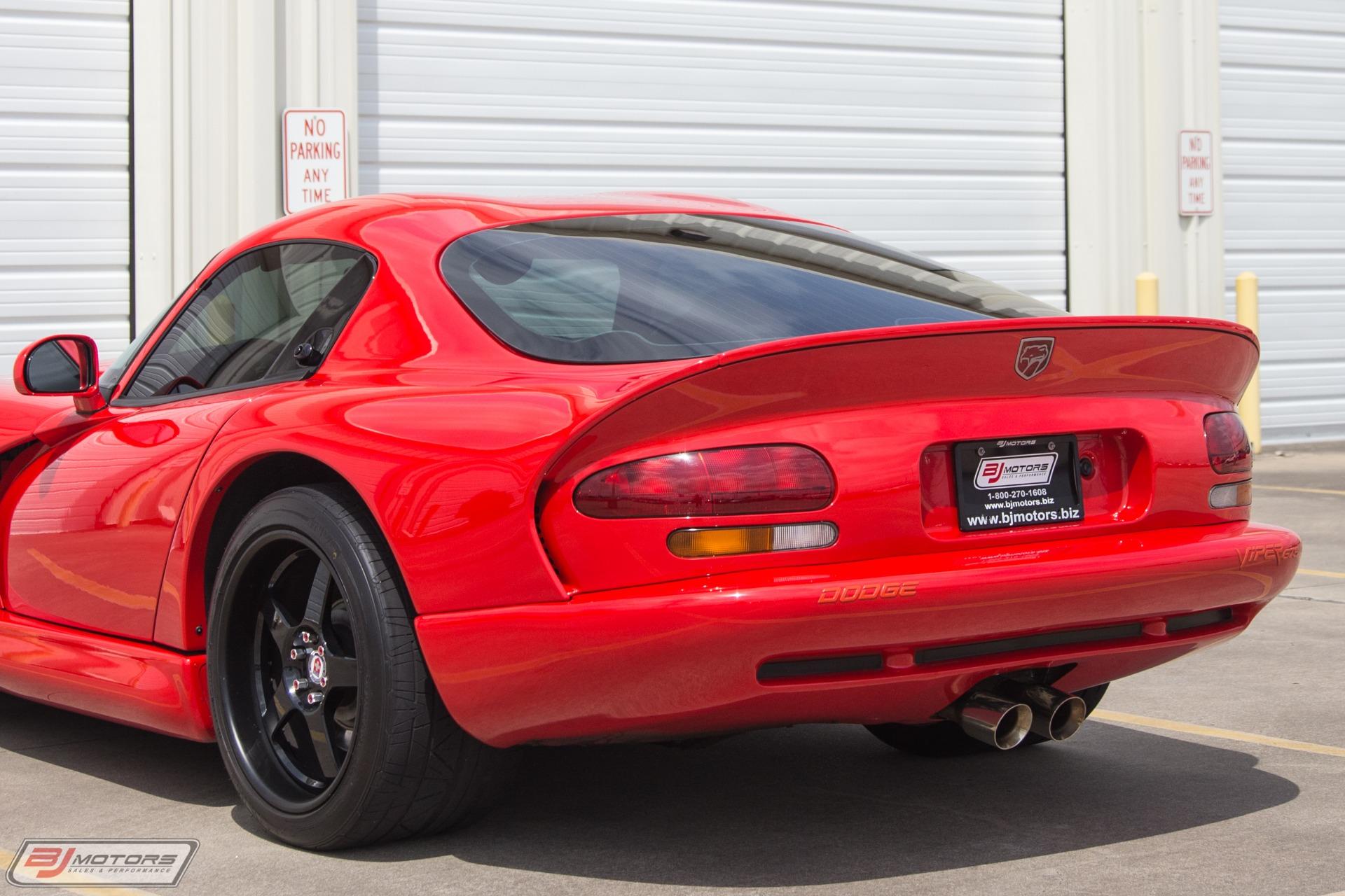 Used-1997-Dodge-Viper-GTS