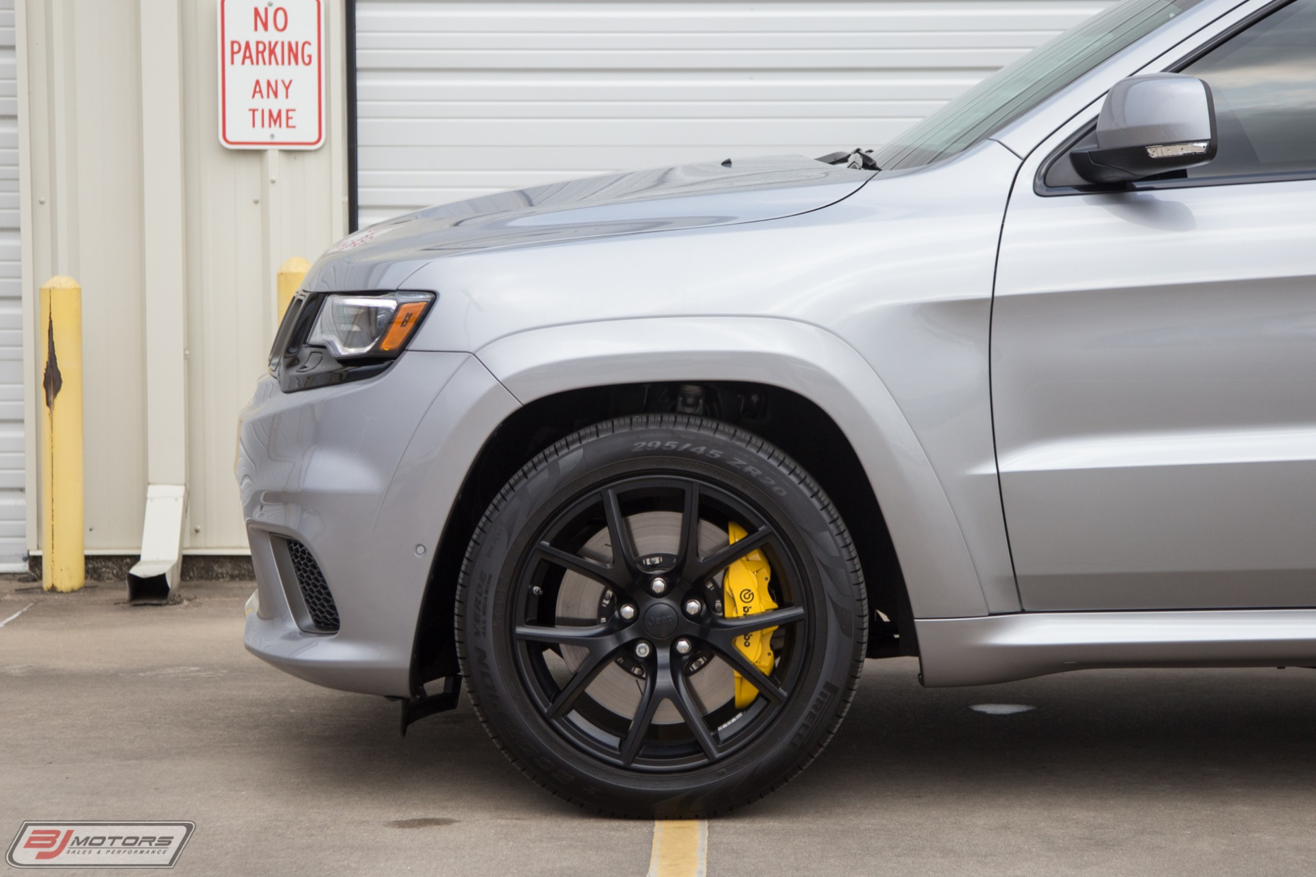 Used-2018-Jeep-Grand-Cherokee-Trackhawk-1K-HP