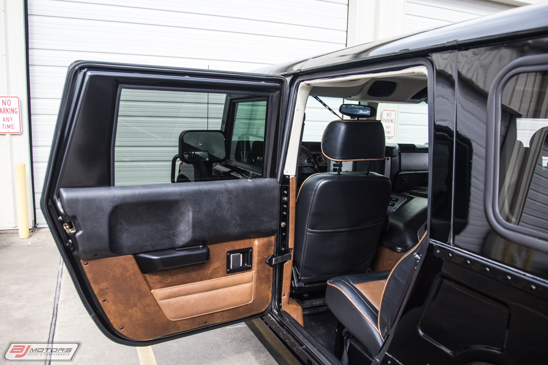 Used-2004-Hummer-H1-Wagon-Only-54K-Miles