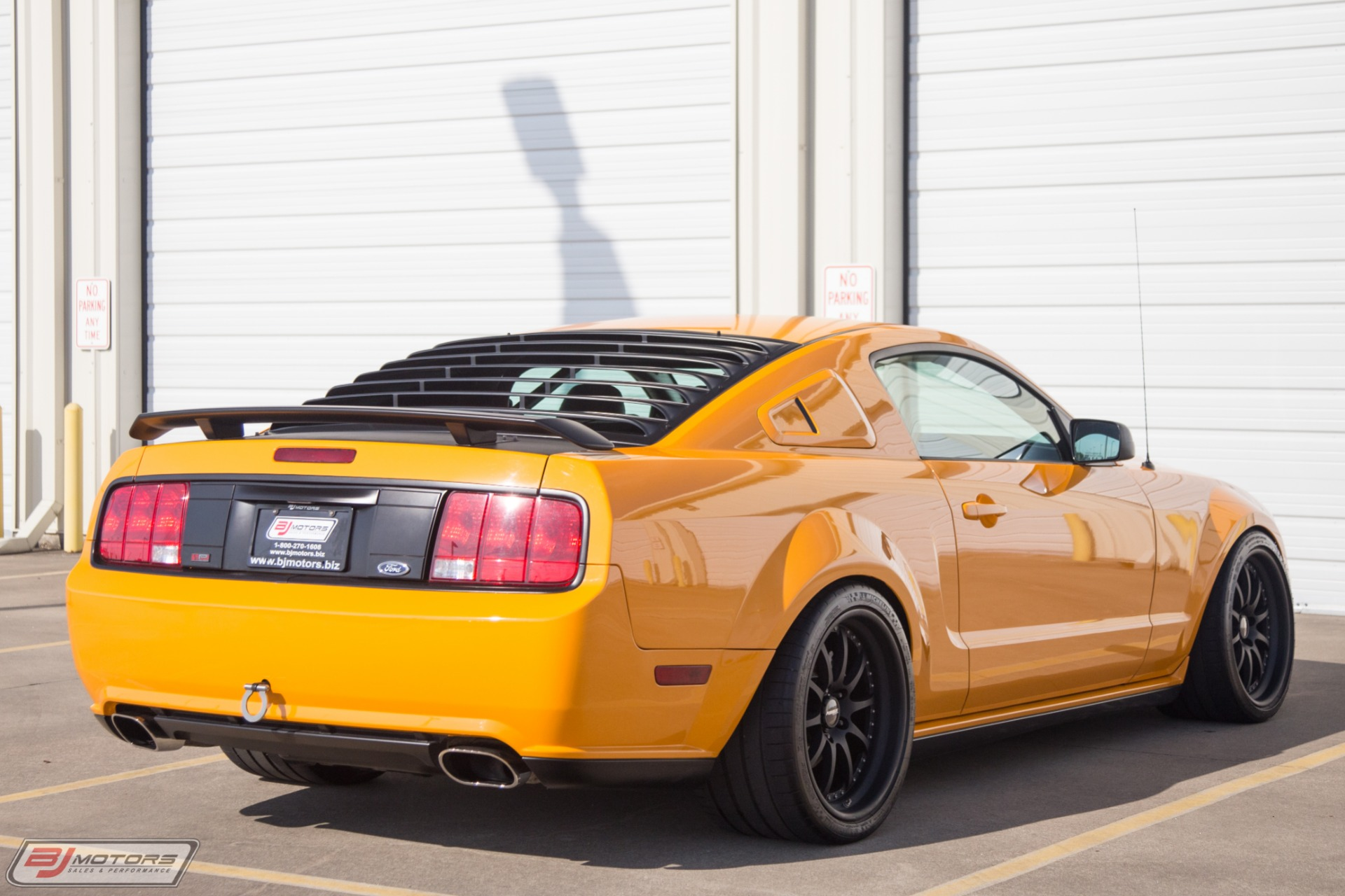 Used-2007-Ford-Mustang-Parnelli-Jones-with-Aluminator-XS-Crate-Engine