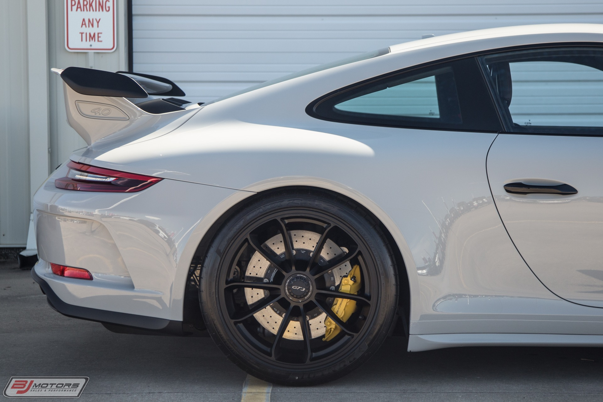 Used-2018-Porsche-911-GT3-Only-500-Miles-from-New