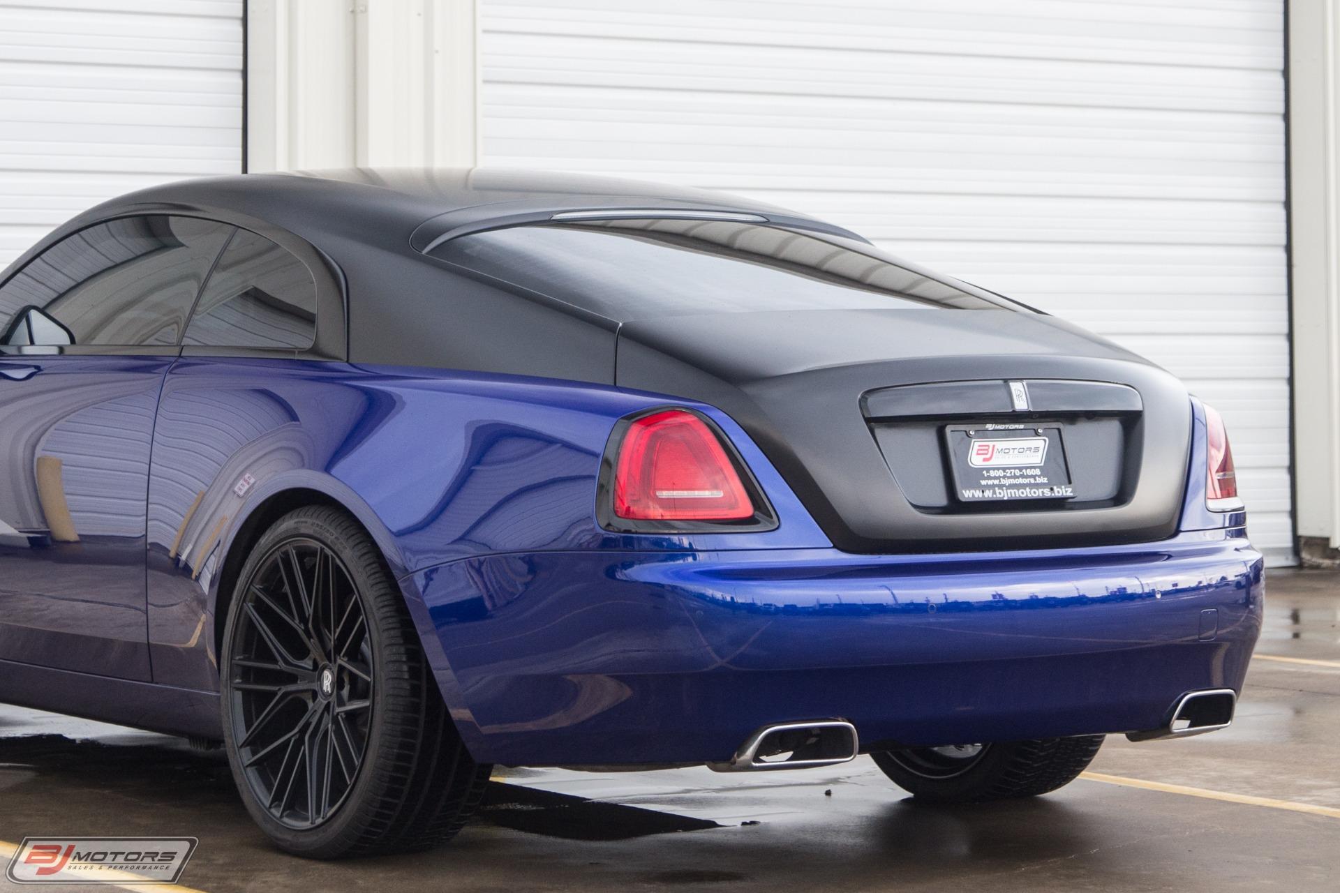 Used-2016-Rolls-Royce-Wraith-Starlight-Headliner