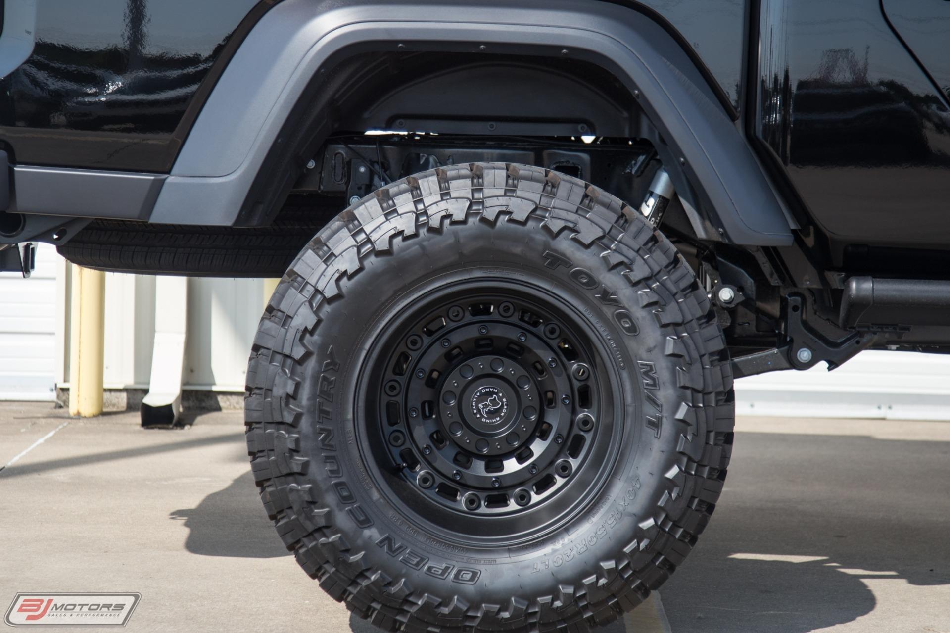 Used-2020-Jeep-Gladiator-Signature-Series