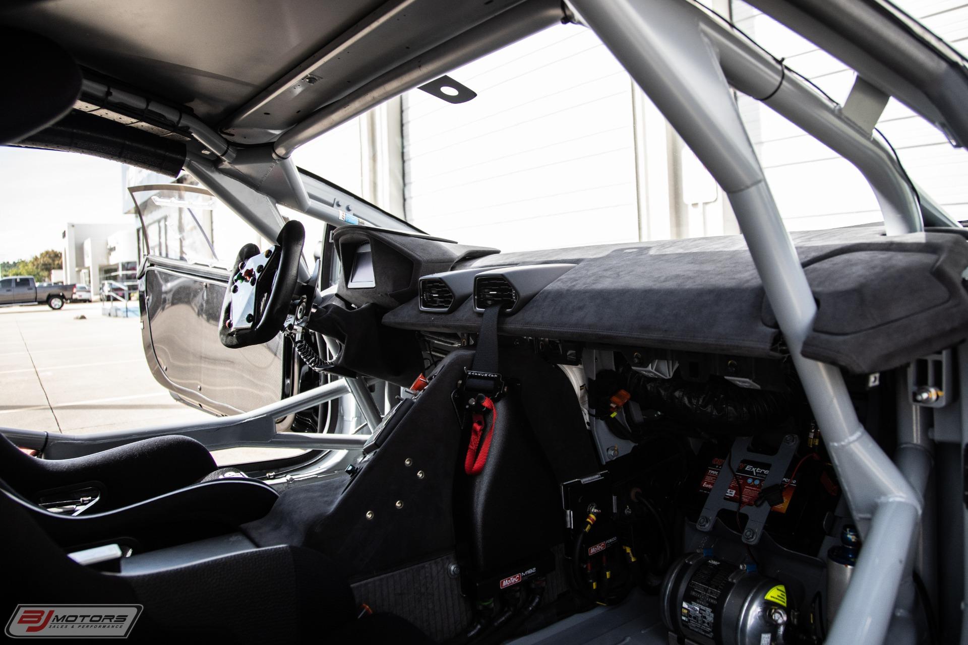 Used-2016-Lamborghini-Huracan-Super-Trofeo