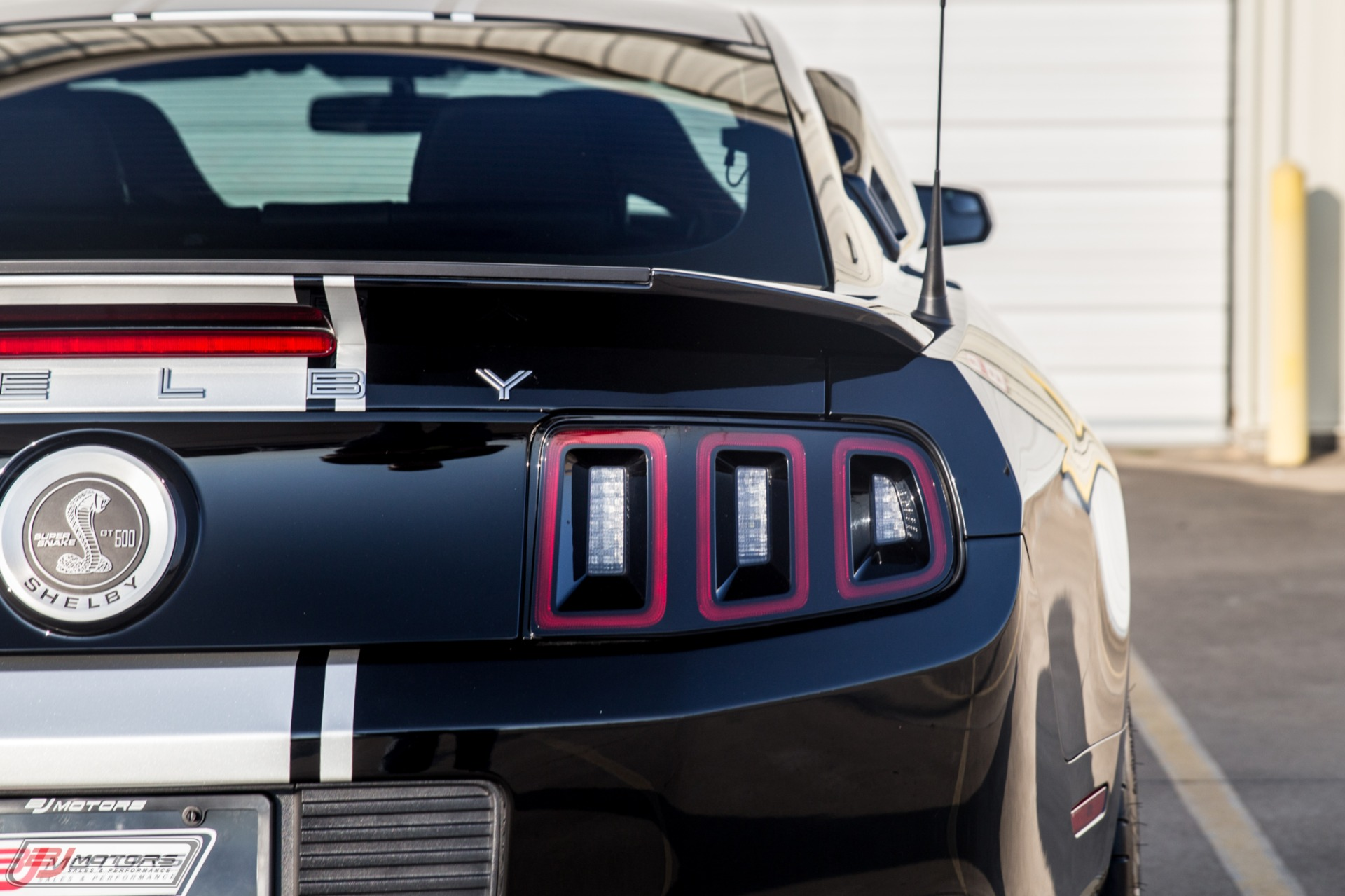 Used-2014-Ford-Mustang-Shelby-Super-Snake