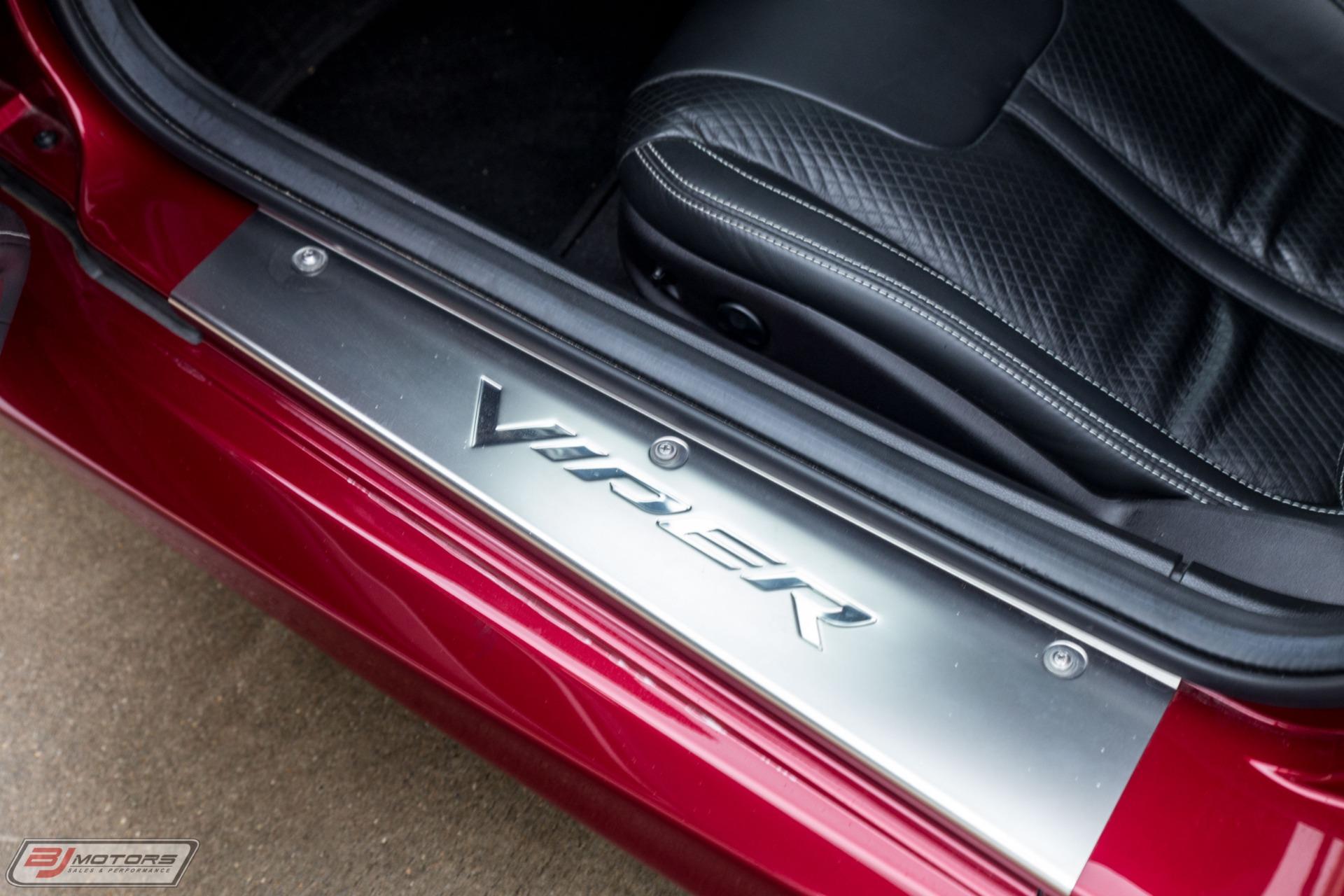 Used-2017-Dodge-Viper-GTC