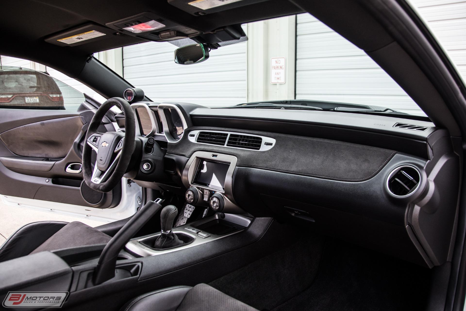 Used-2015-Chevrolet-Camaro-Z28