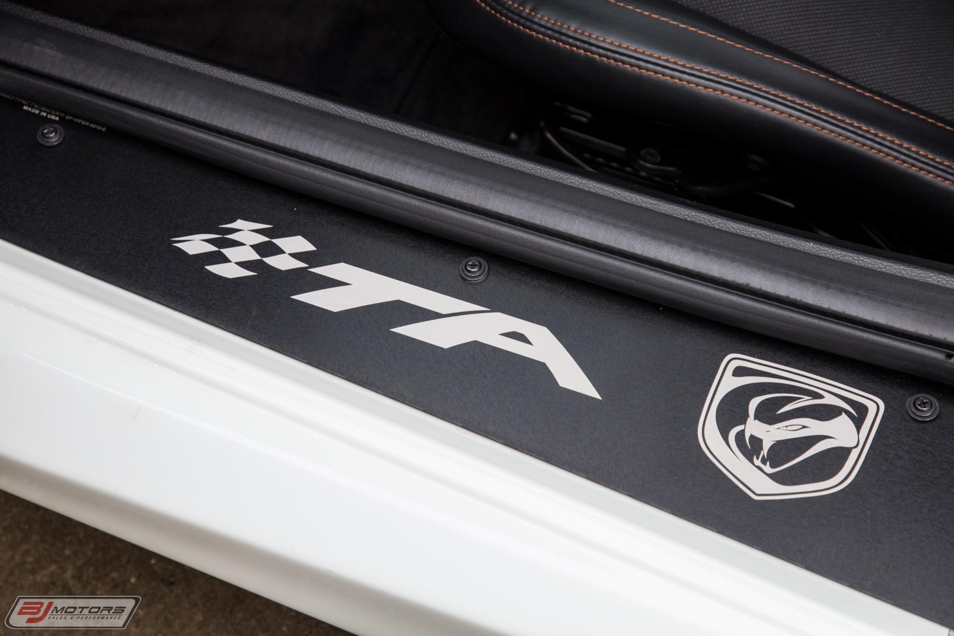 Used-2014-Dodge-Viper-TA-10