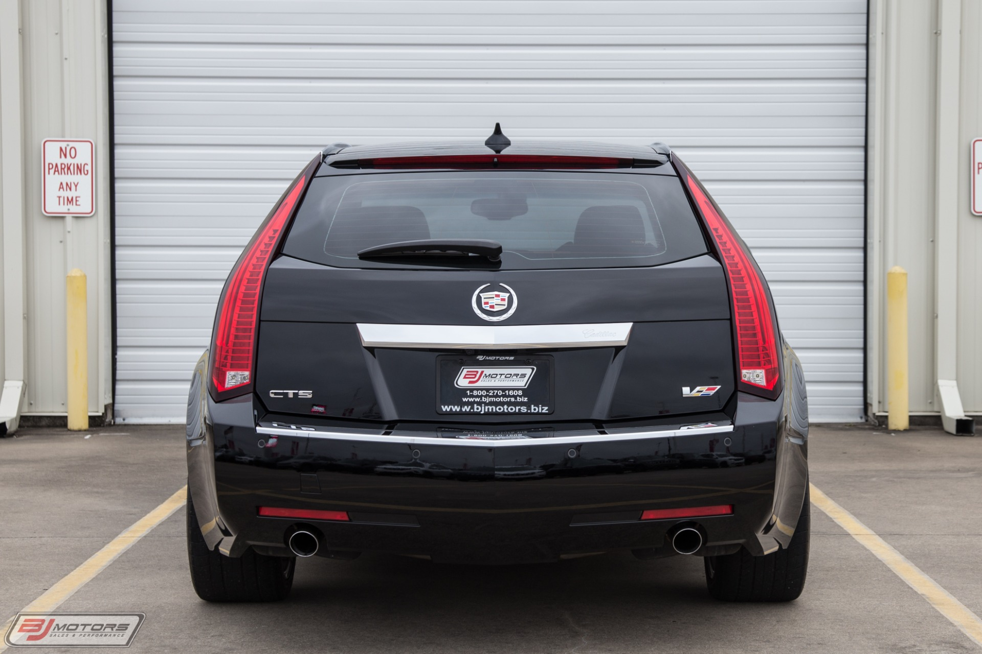 Used-2014-Cadillac-CTS-V-Wagon-HPE700-Package