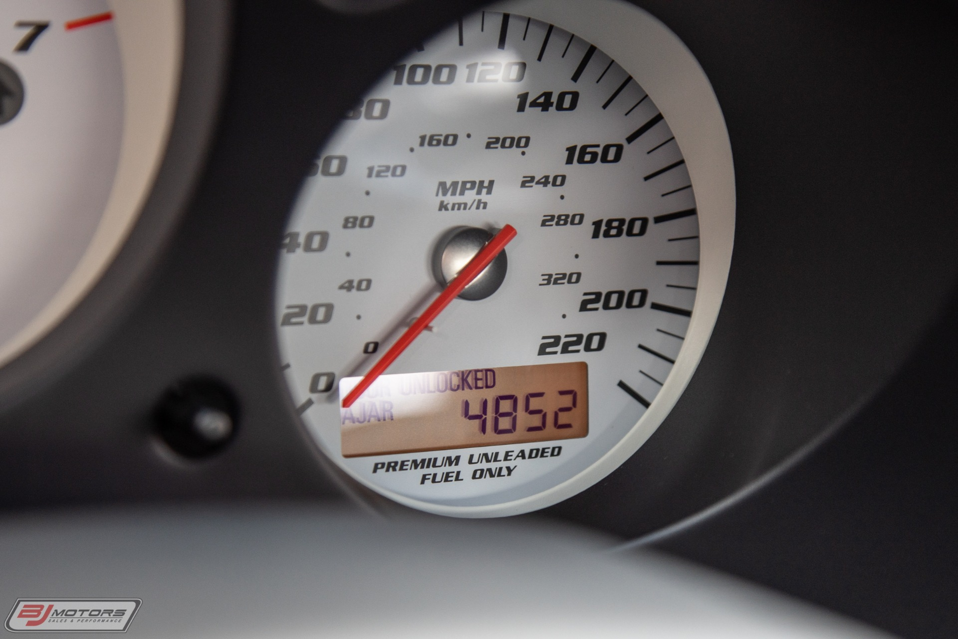 Used-2006-Dodge-Viper-SRT-10