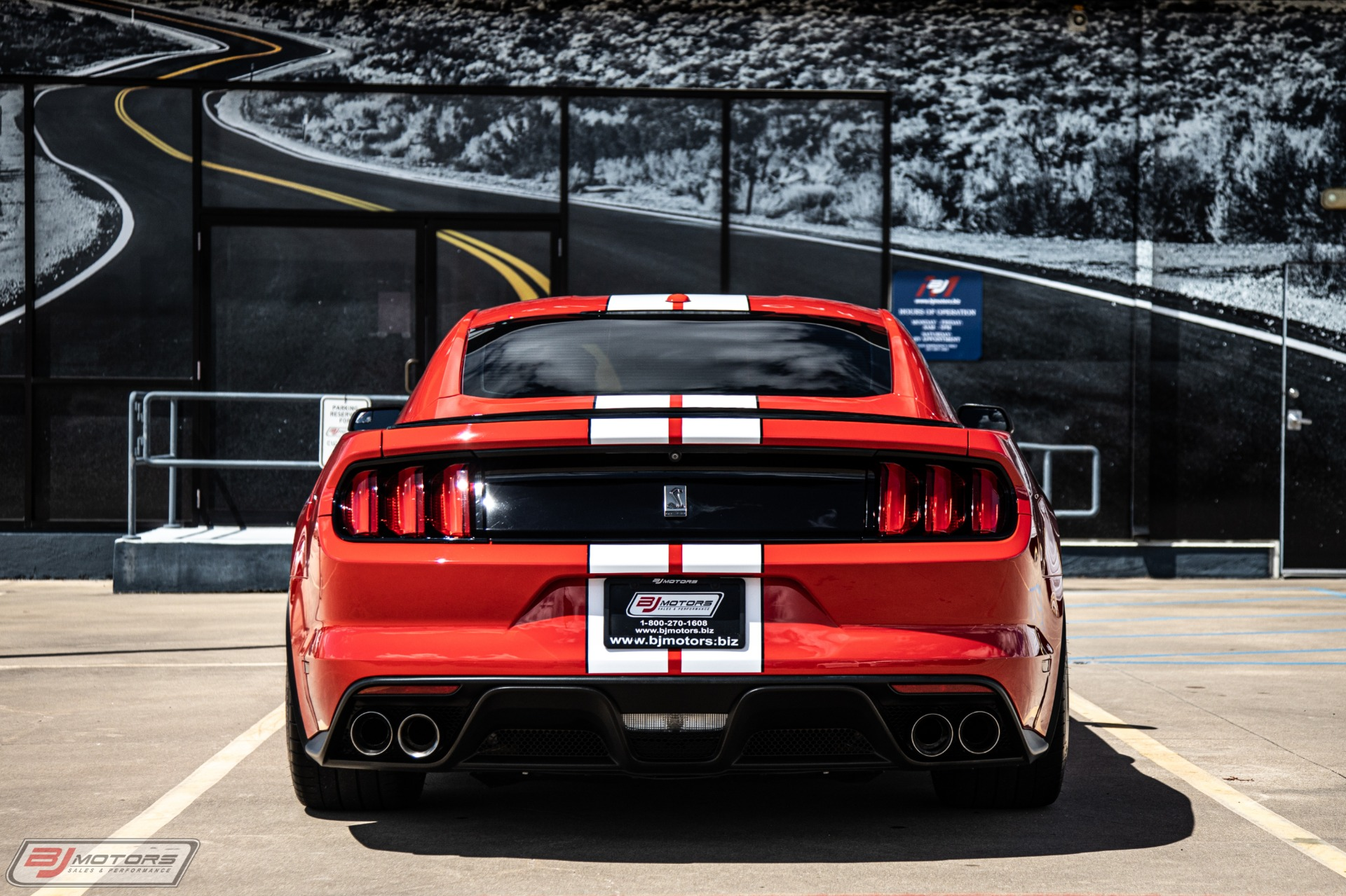Used-2016-Ford-Mustang-Shelby-GT350