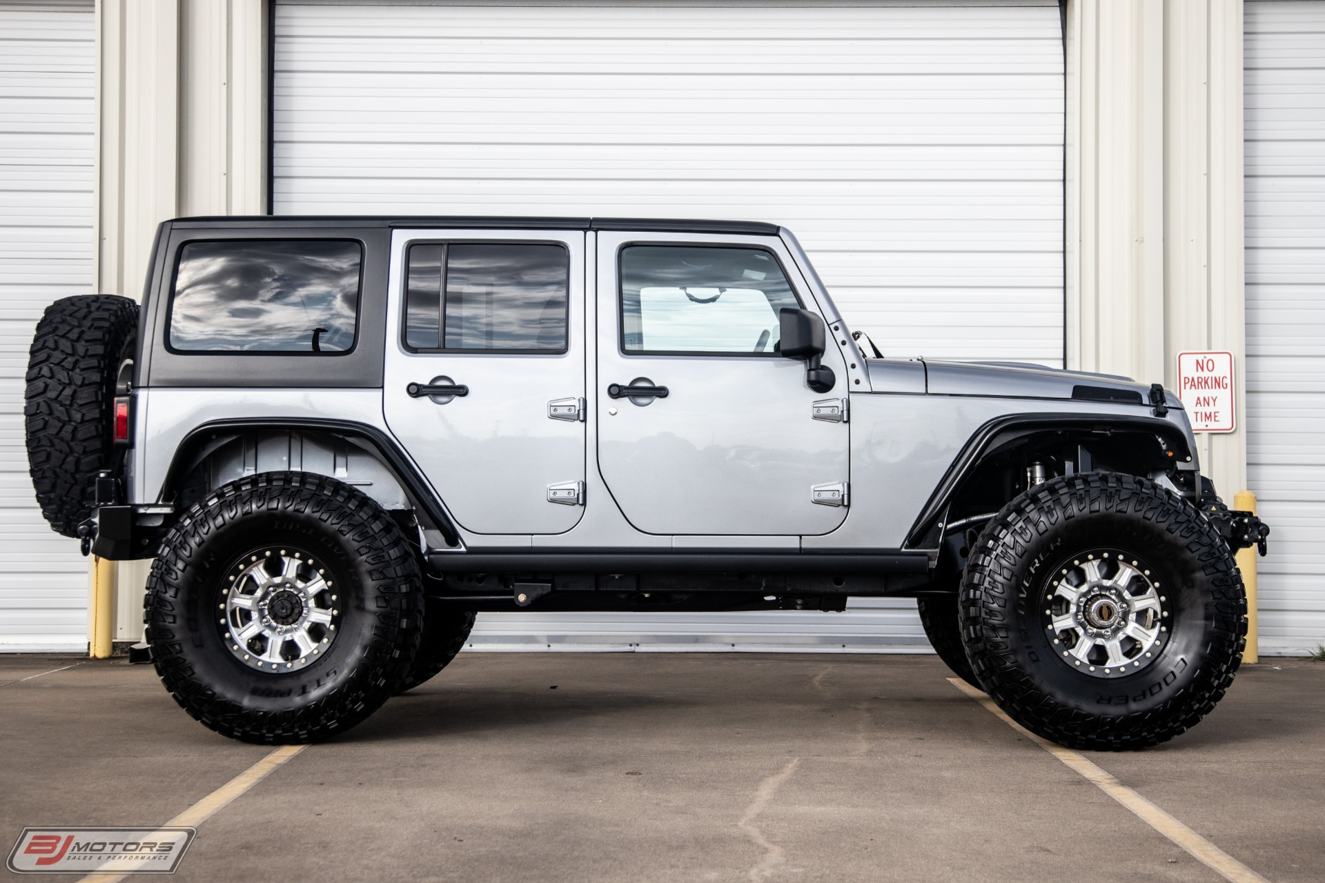 Used-2015-Jeep-Wrangler-Unlimited-Rubicon-LS7-Conversion