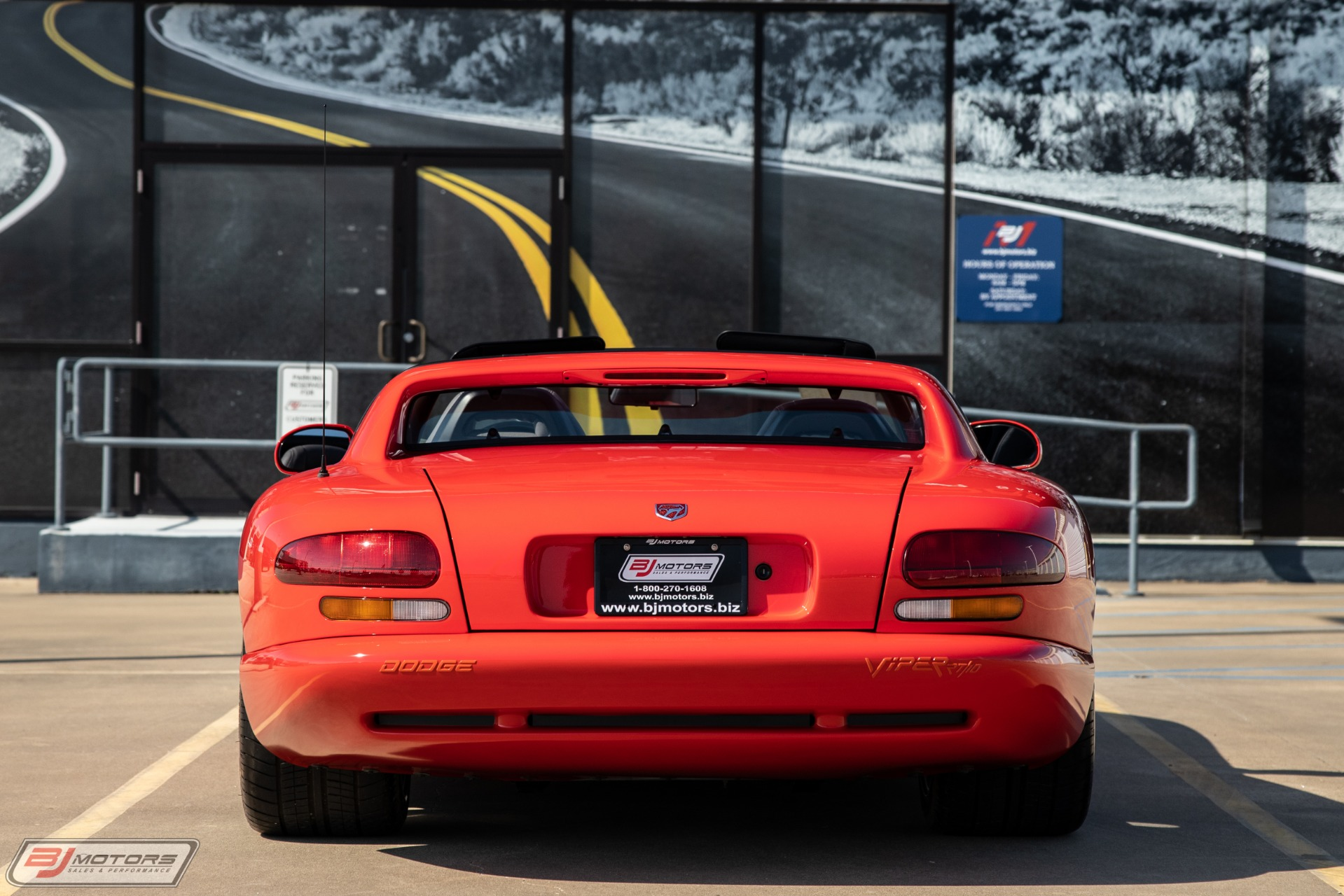 Used-1992-Dodge-Viper-RT/10-with-83-miles