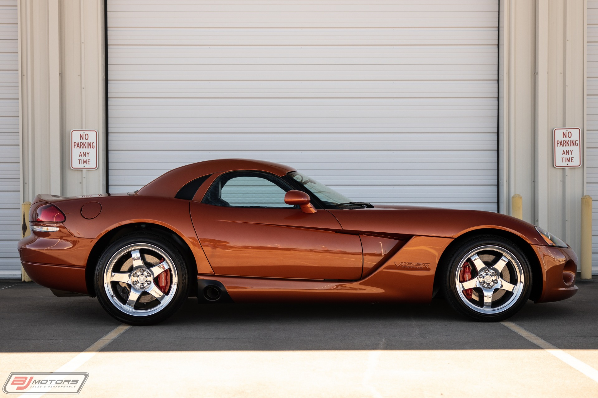 Used-2005-Dodge-Viper-Copperhead-Edition