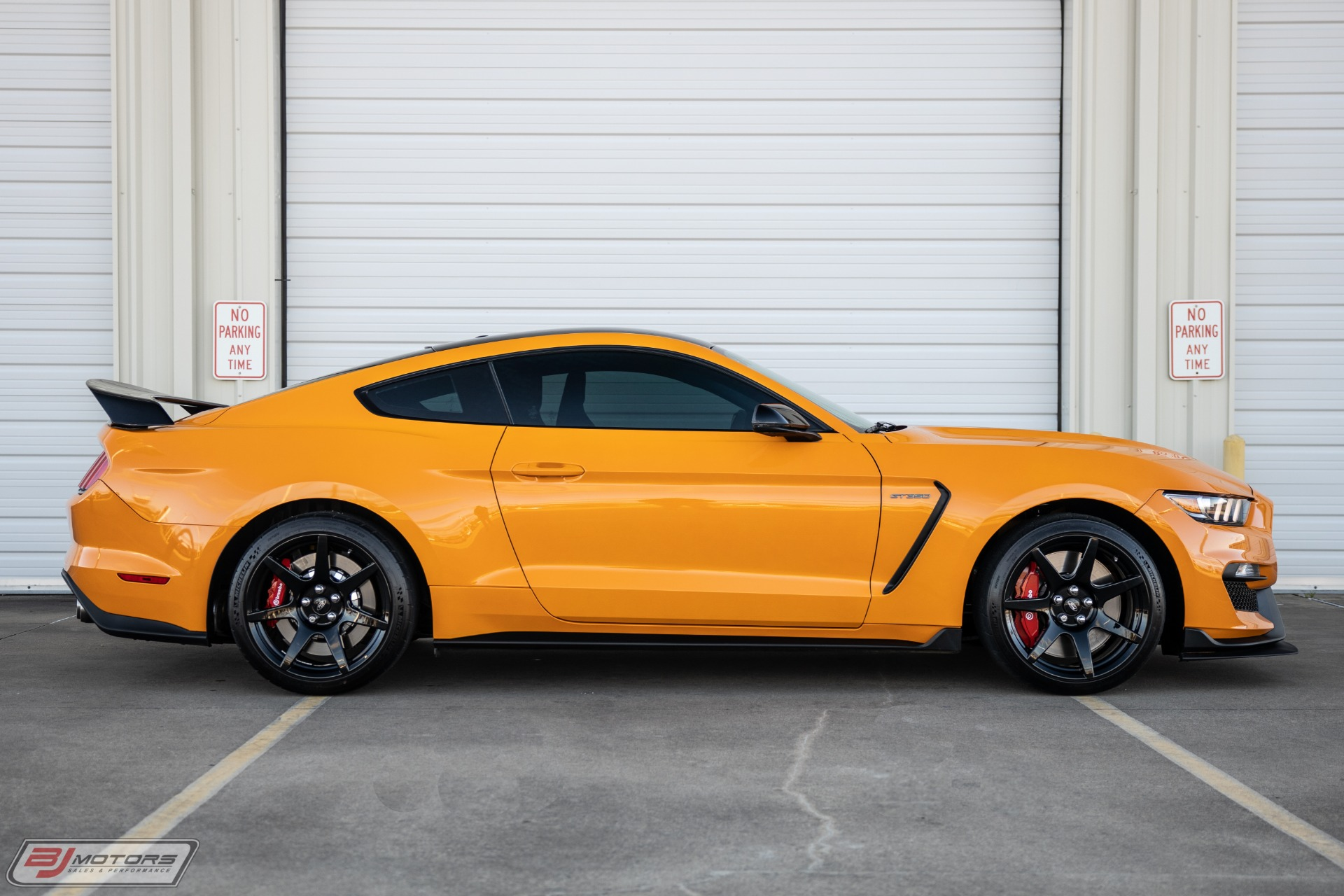 Used-2019-Ford-Mustang-Shelby-GT350R